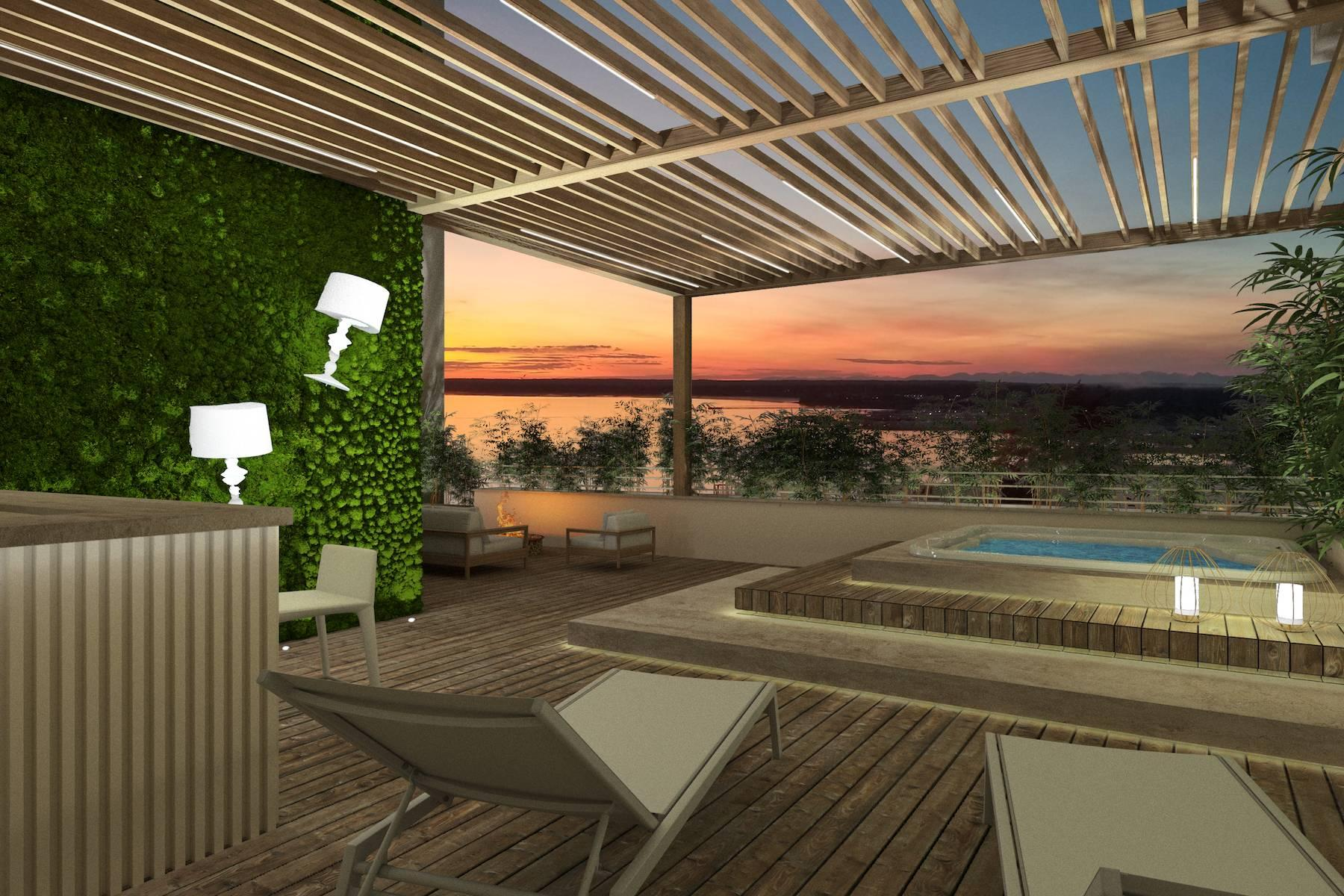Luxury seafront penthouse in Viareggio - 13