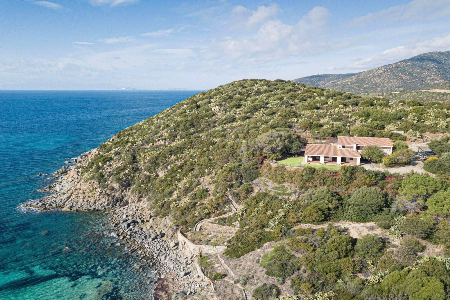 Beautiful waterfront property on the beach Kala e Moru - 24