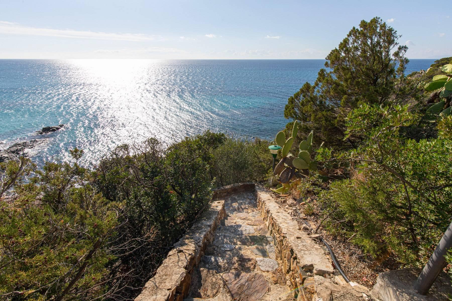 Beautiful waterfront property on the beach Kala e Moru - 19