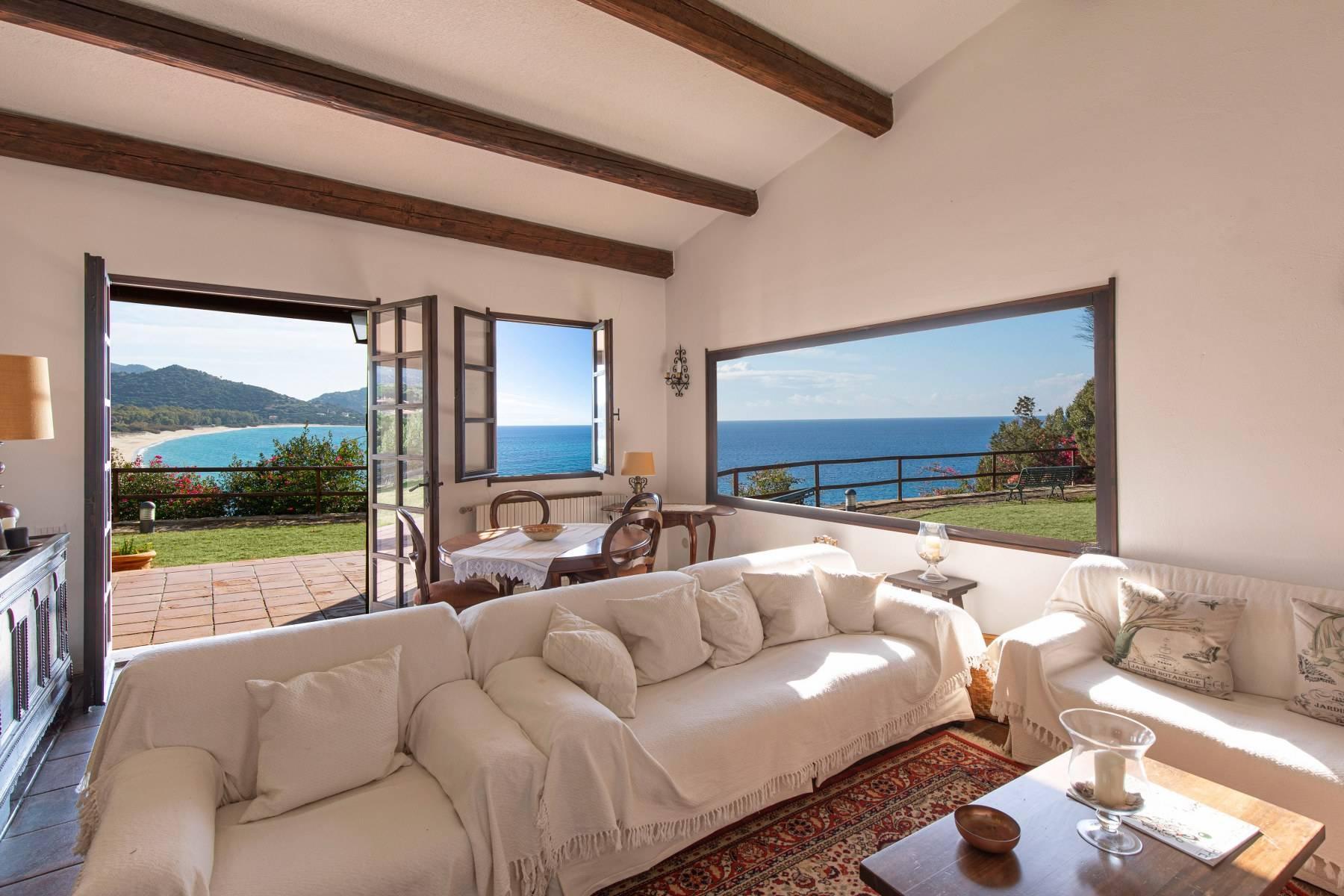 Beautiful waterfront property on the beach Kala e Moru - 9