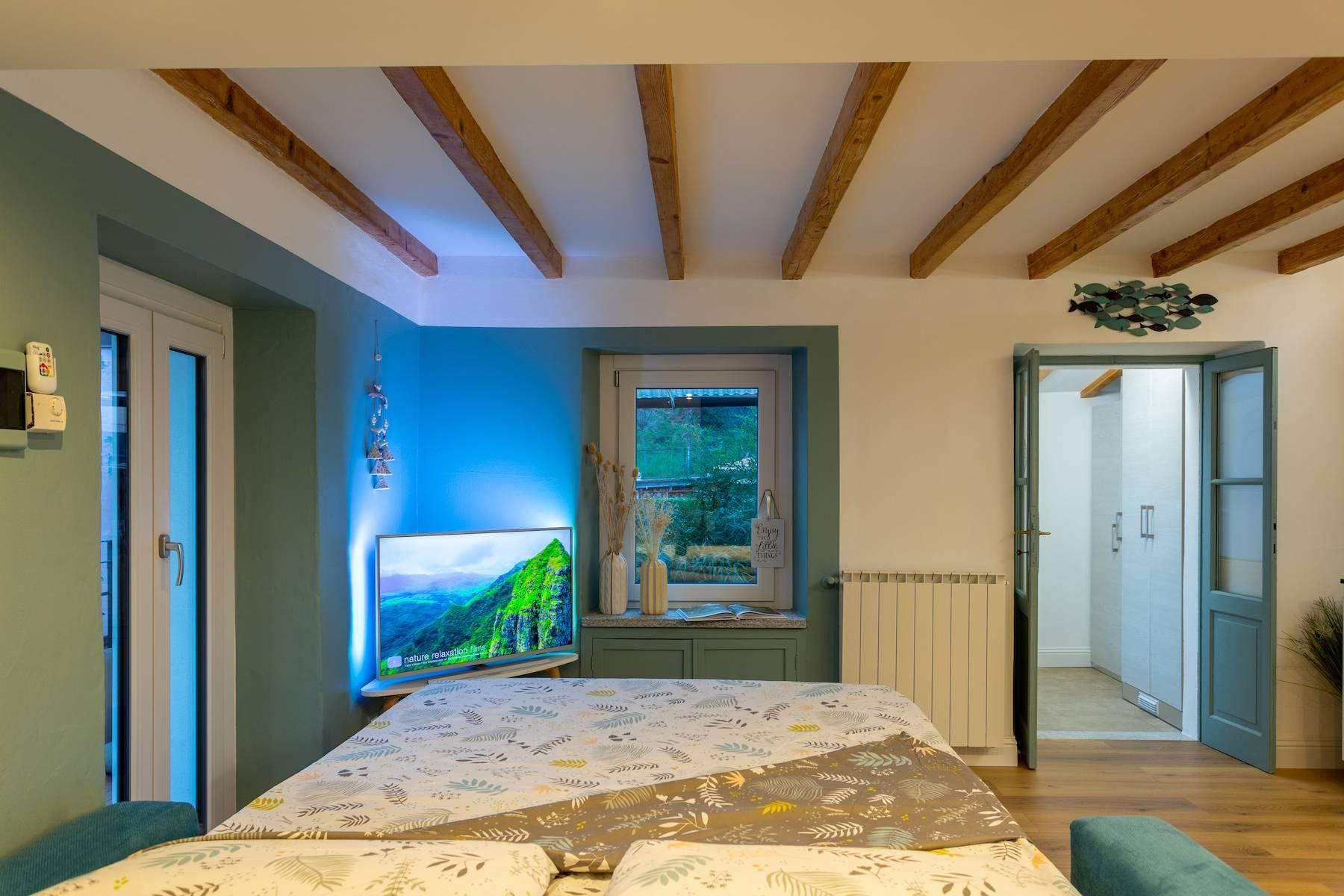 Inviting apartment in Belgirate with view of Lake Maggiore - 15