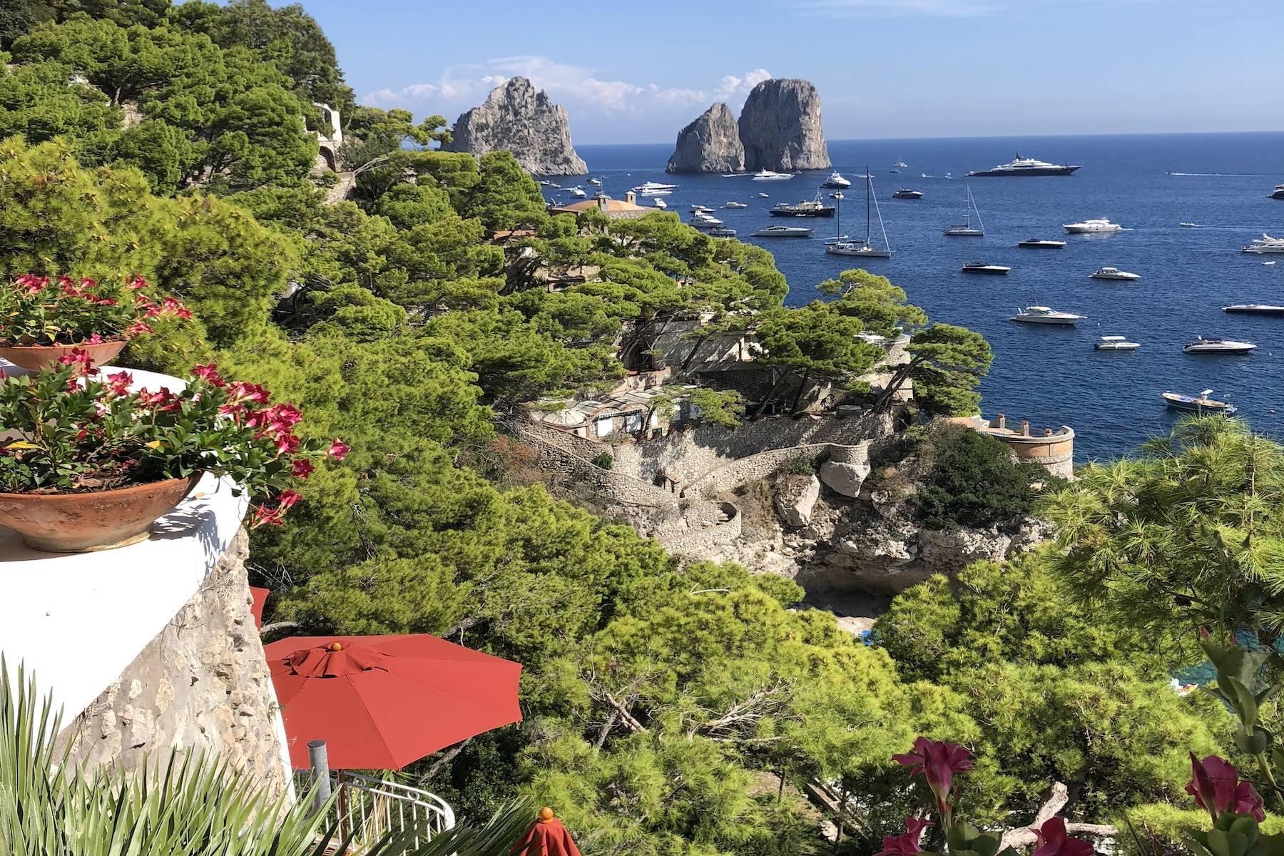 Villa Pieds dans l'eau in Capri - 1