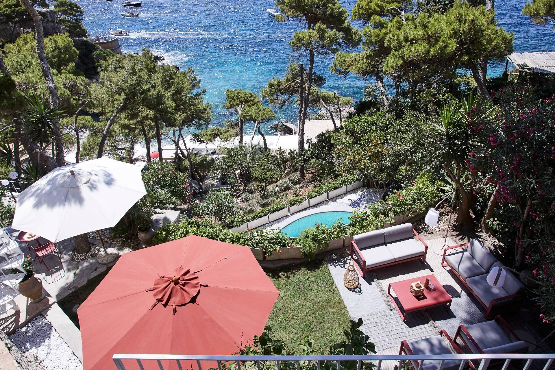 Pied-dans-l'eau Villa in Capri - 2