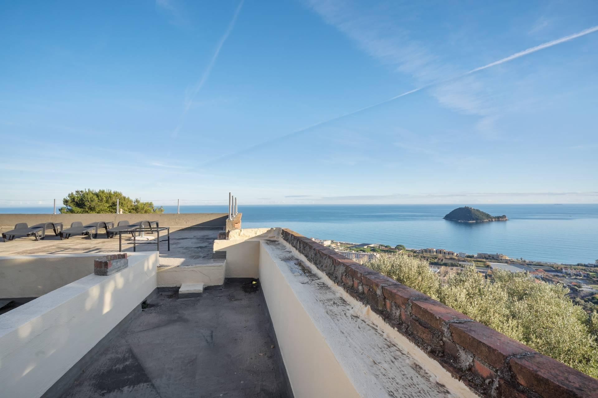 Splendid and exclusive historic villa on the hills of Albenga - 10