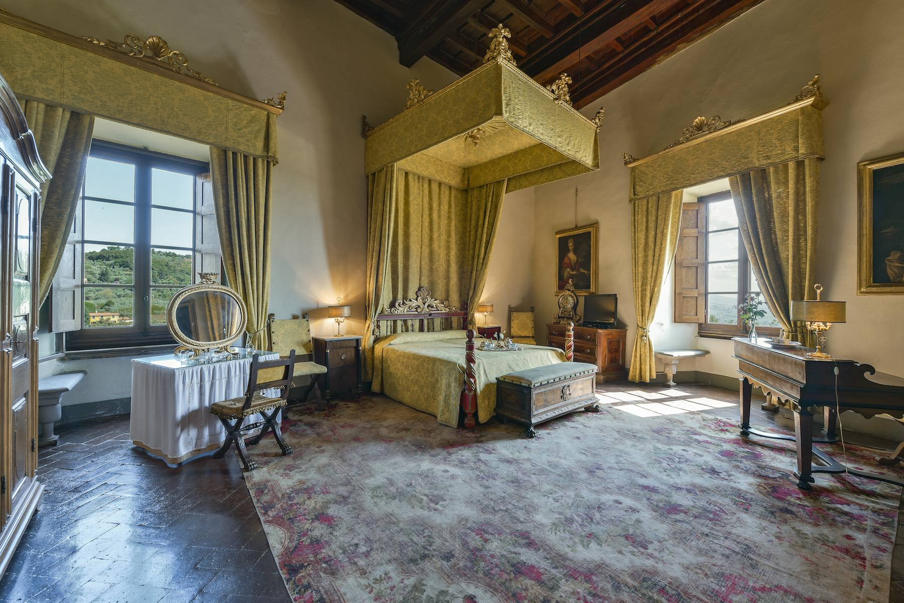 Majestic historical villa in the heart of Tuscany - 15