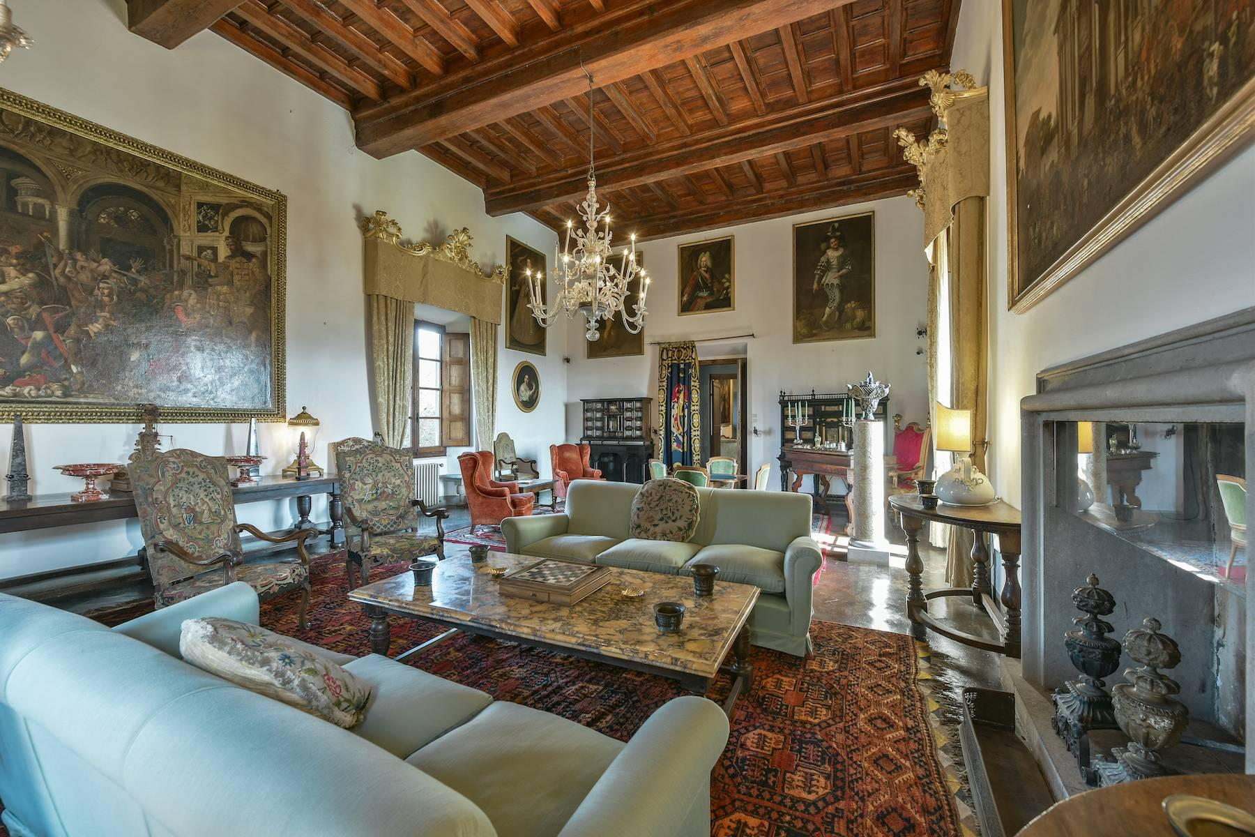Majestic historical villa in the heart of Tuscany - 7