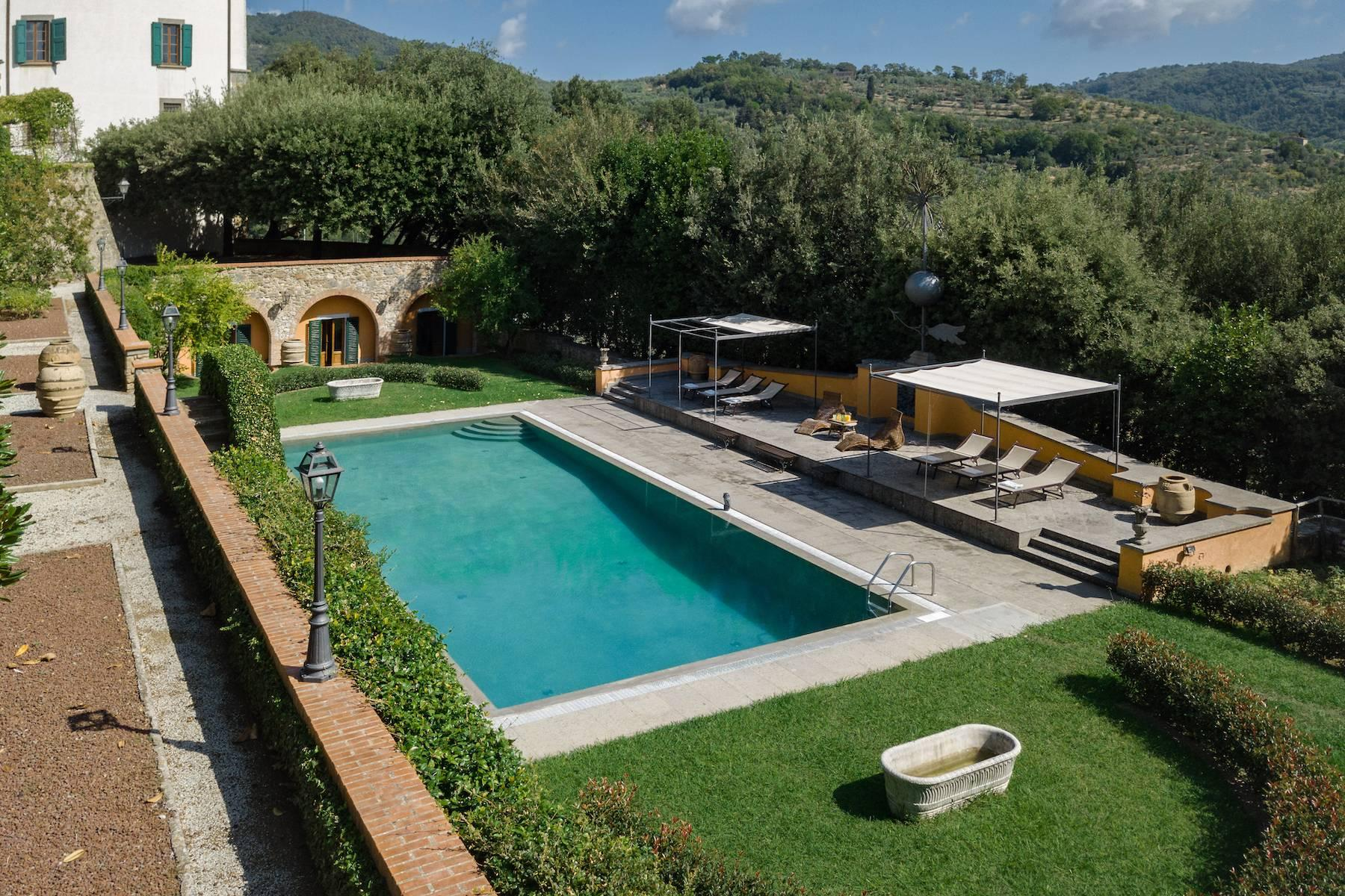 Majestic historical villa in the heart of Tuscany - 21