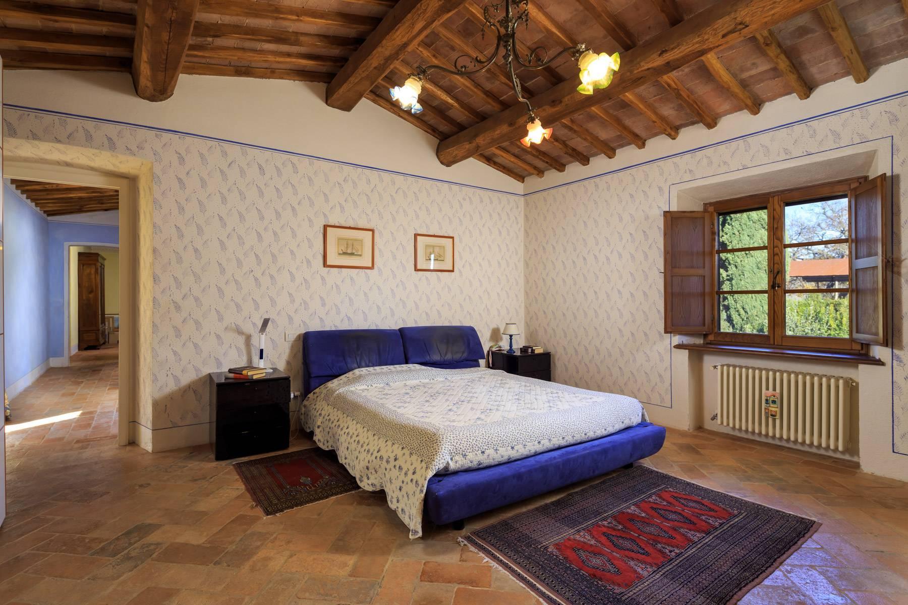 Historical farm in the heart of Chianti Classico - 11