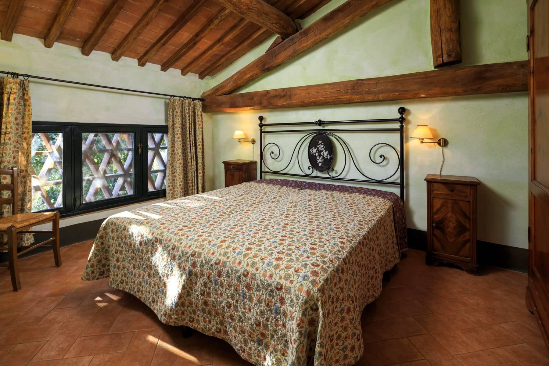 Historical farm in the heart of Chianti Classico - 13