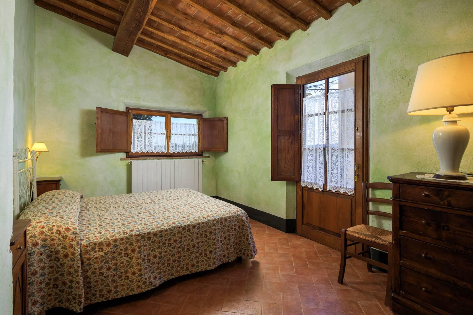 Historical farm in the heart of Chianti Classico - 21