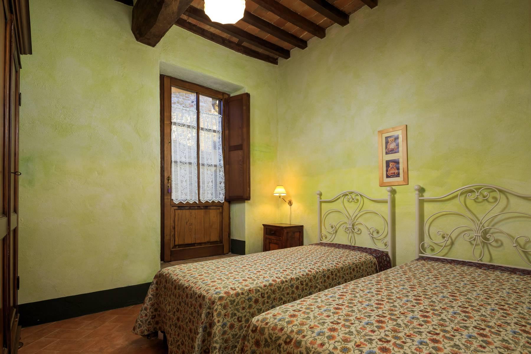 Historical farm in the heart of Chianti Classico - 24