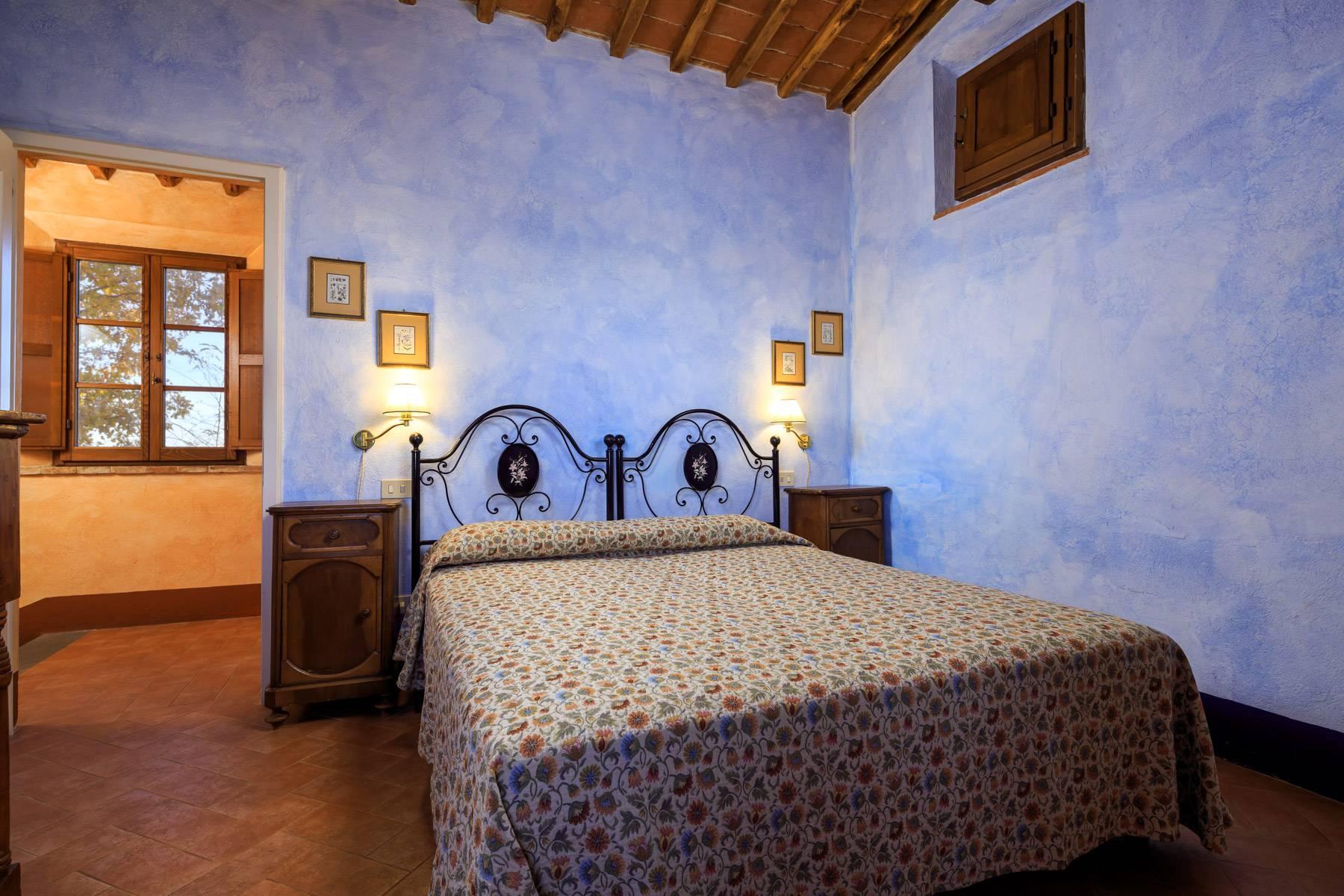 Historical farm in the heart of Chianti Classico - 25