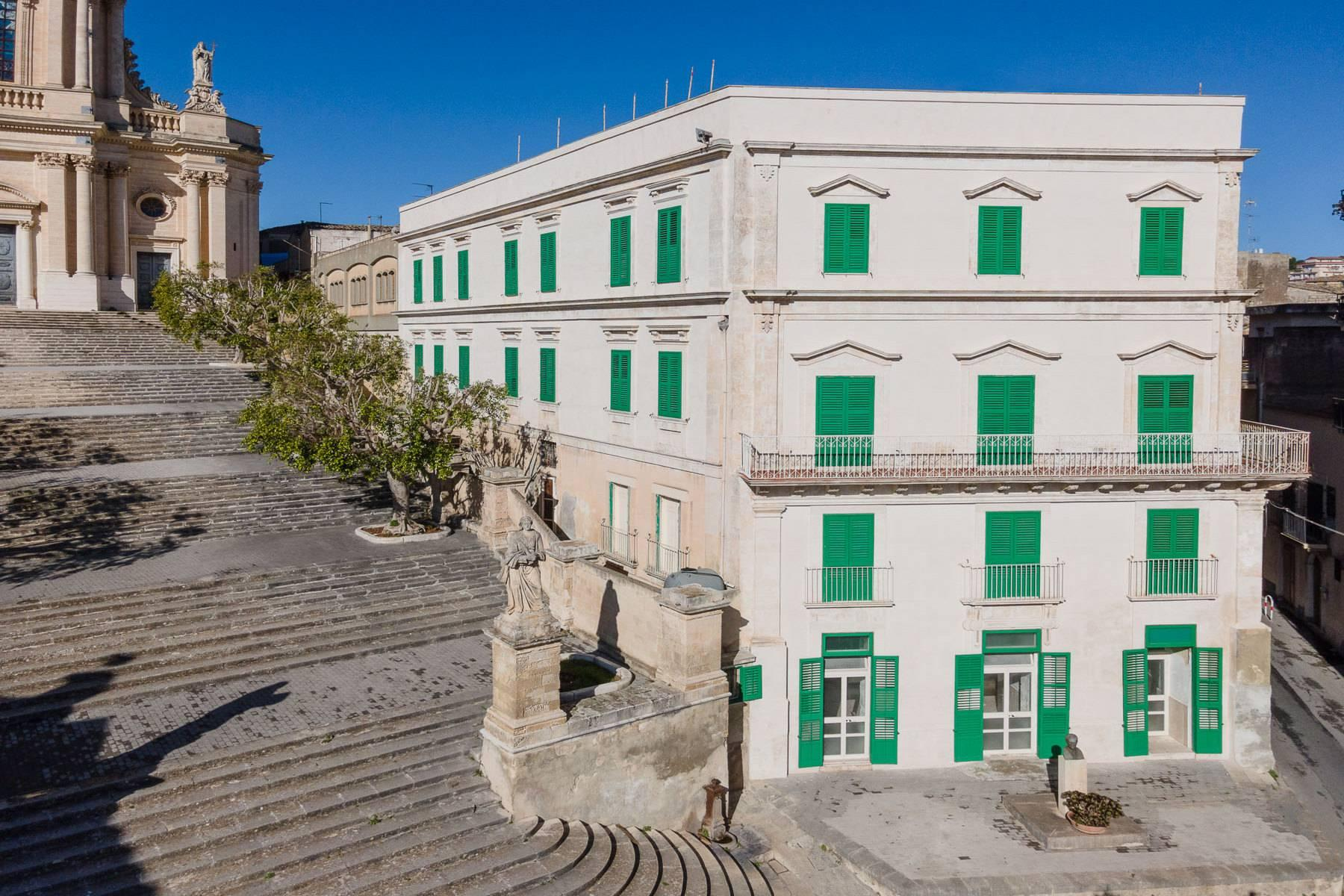 Historical Palace in Modica - 4