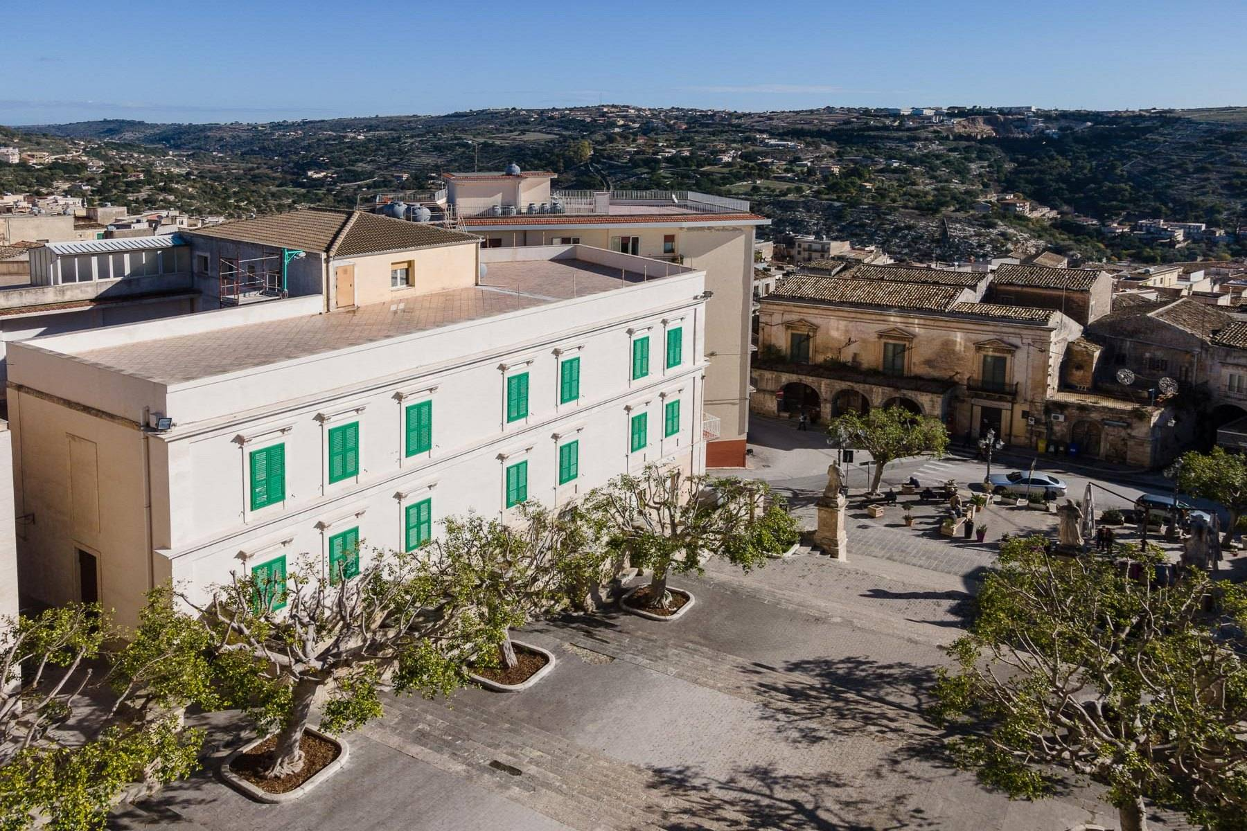 Historical Palace in Modica - 12