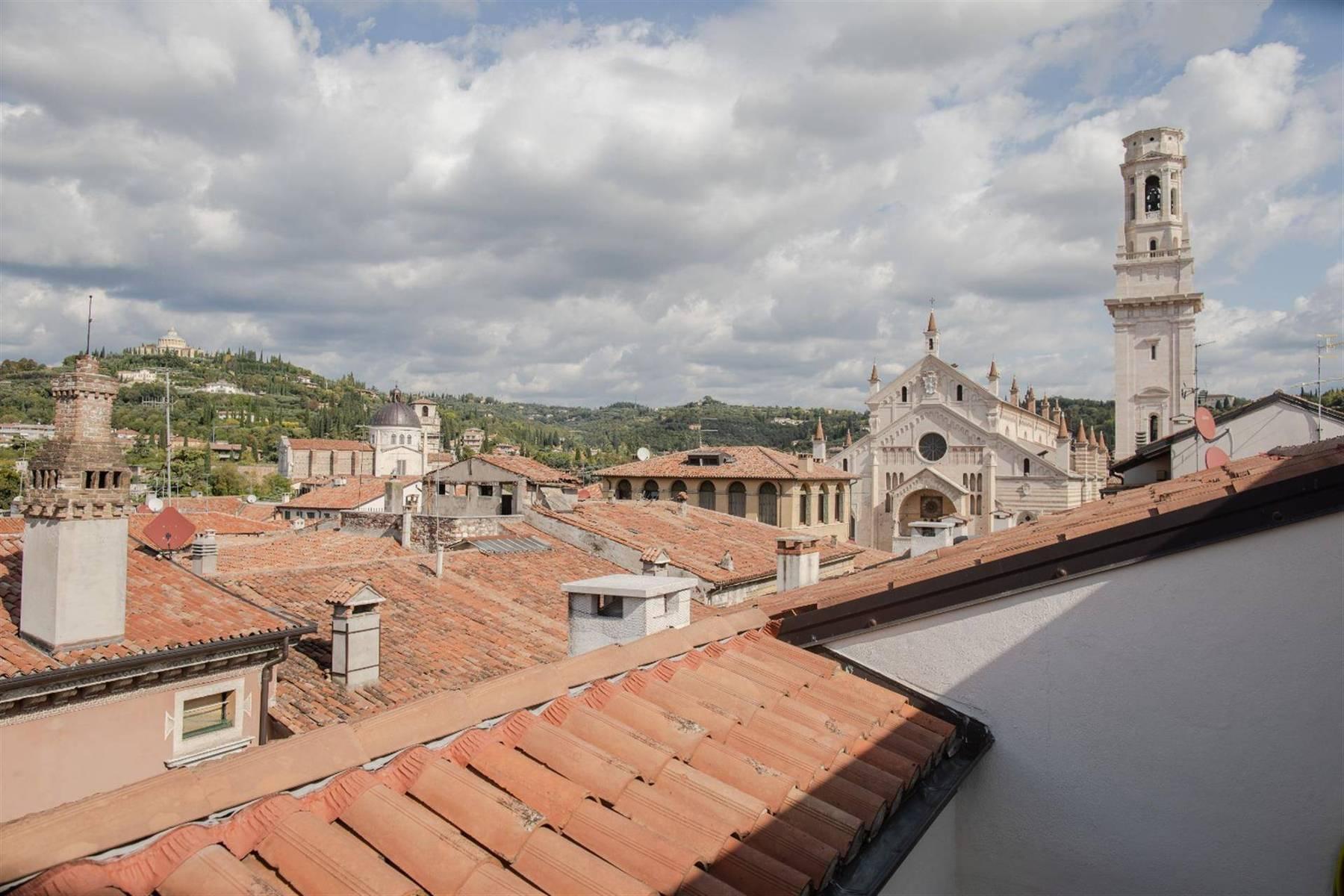 位于维罗纳(Verona)中心的典雅顶层公寓 - 7