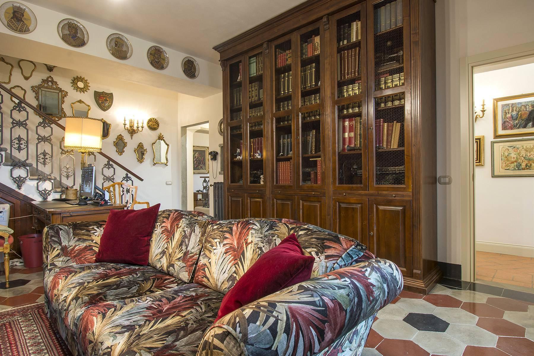 Elegante Wohnung innerhalb einer antiken Villa - 3