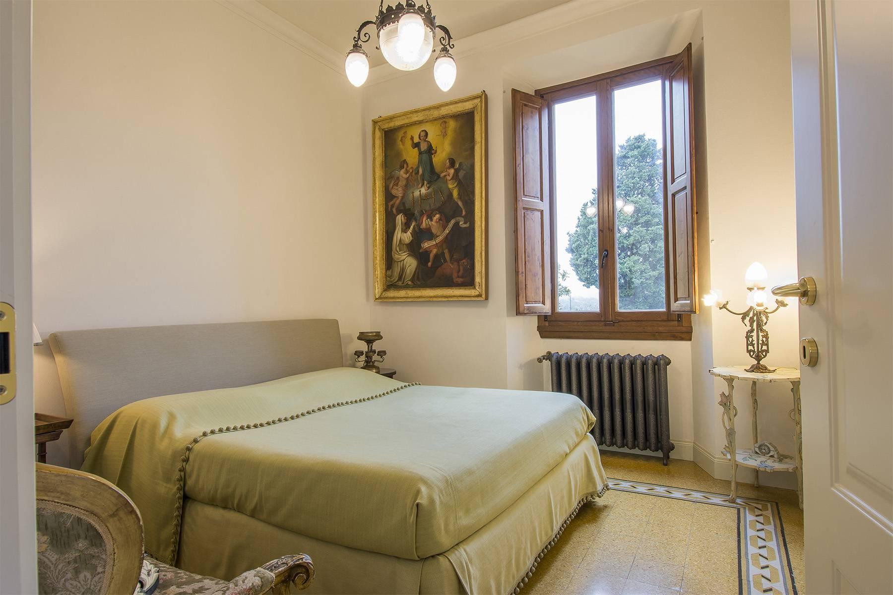 Pregevole appartamento in Villa d'epoca - 12
