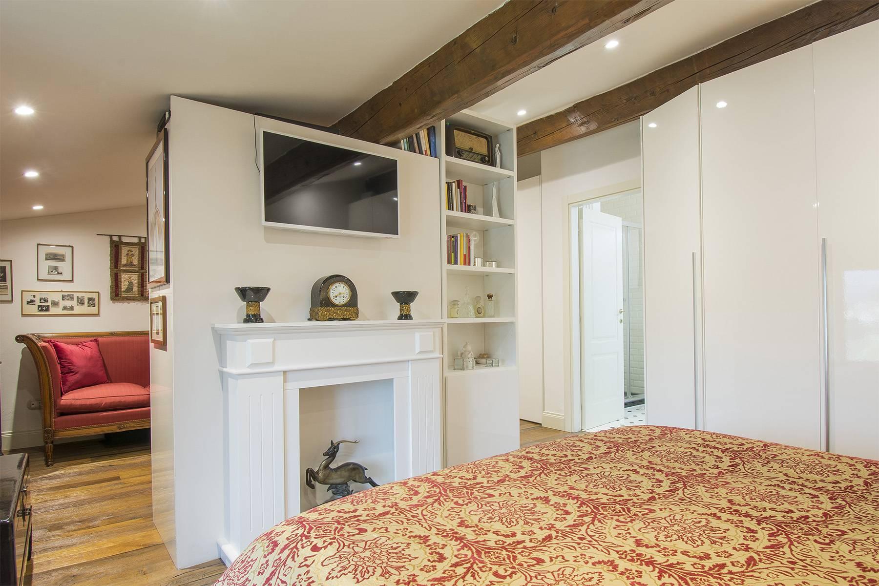 Exquisite apartment within a historic villa - 9