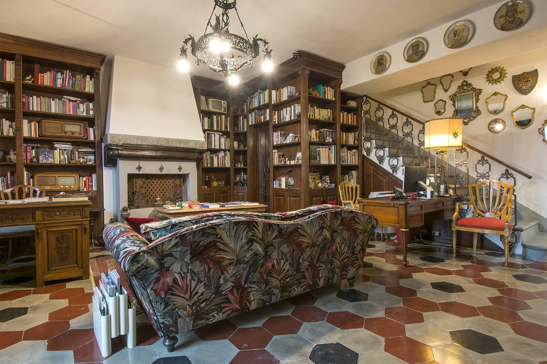 Elegante Wohnung innerhalb einer antiken Villa - 8