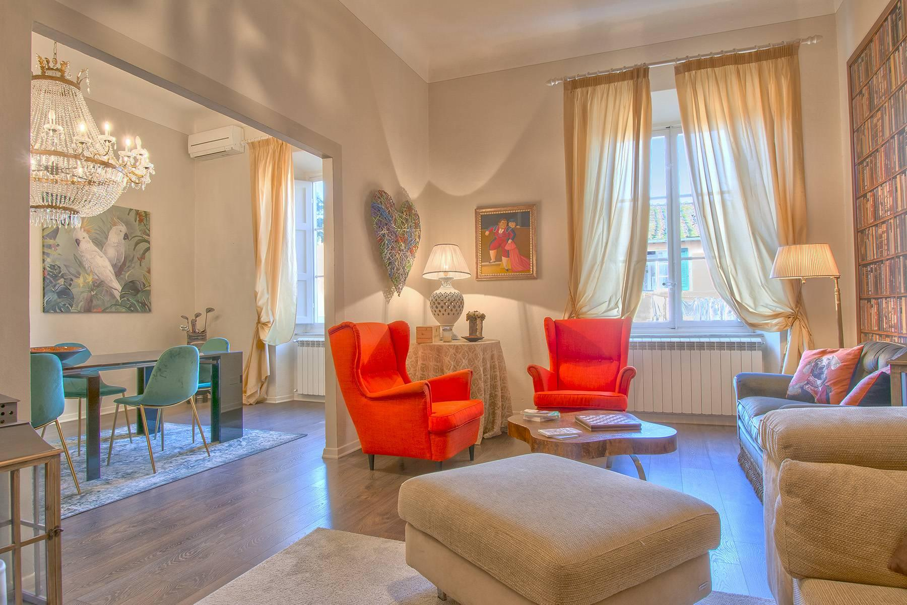 Charming luxury apartment in a noble palace of Lucca - 1