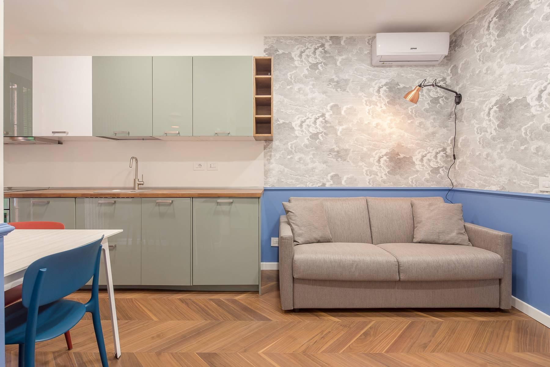 Elegant renovated two-room-apartment in Brera - 1