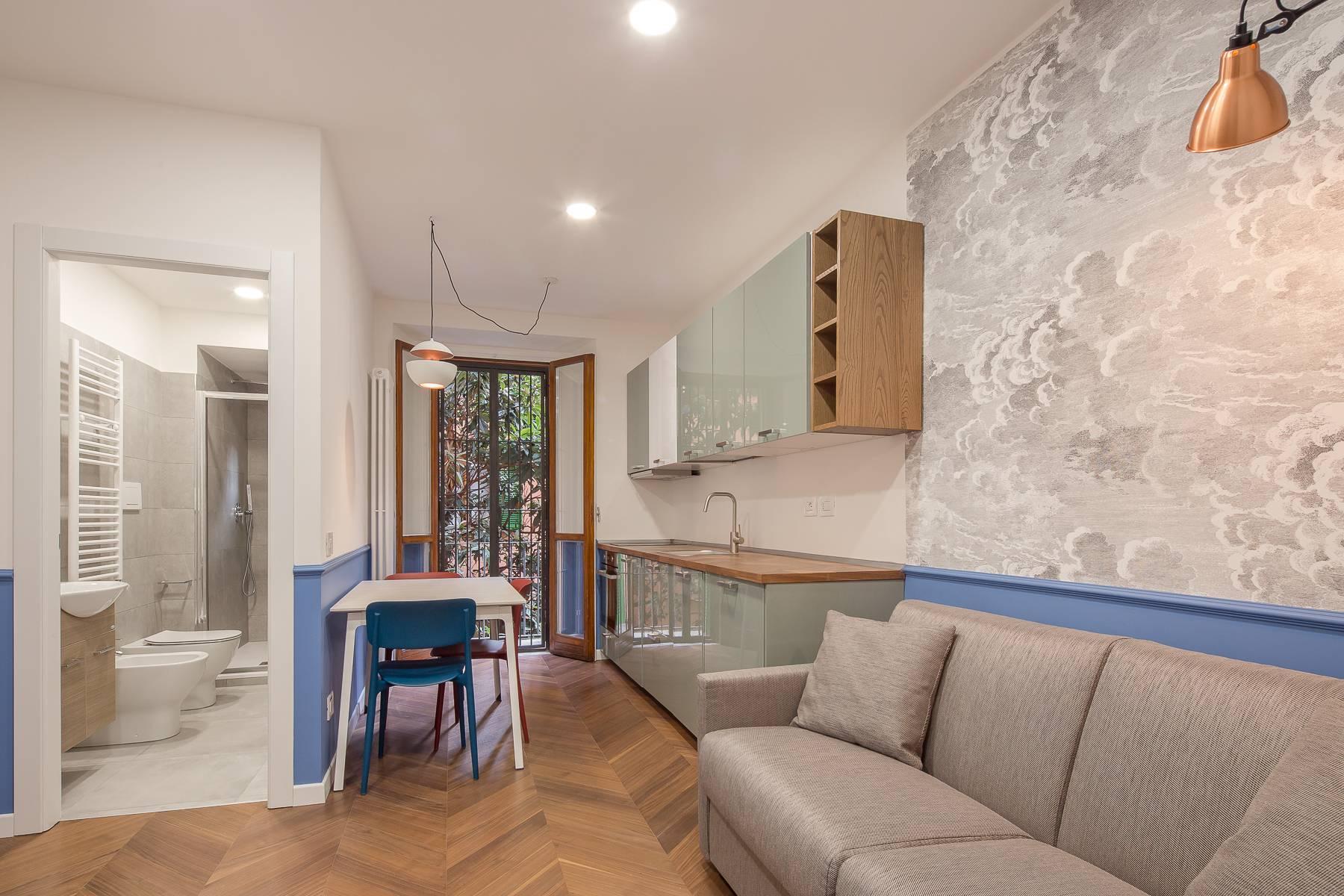 Elegante renovierte Zwei-Zimmer-Wohnung in Brera - 8