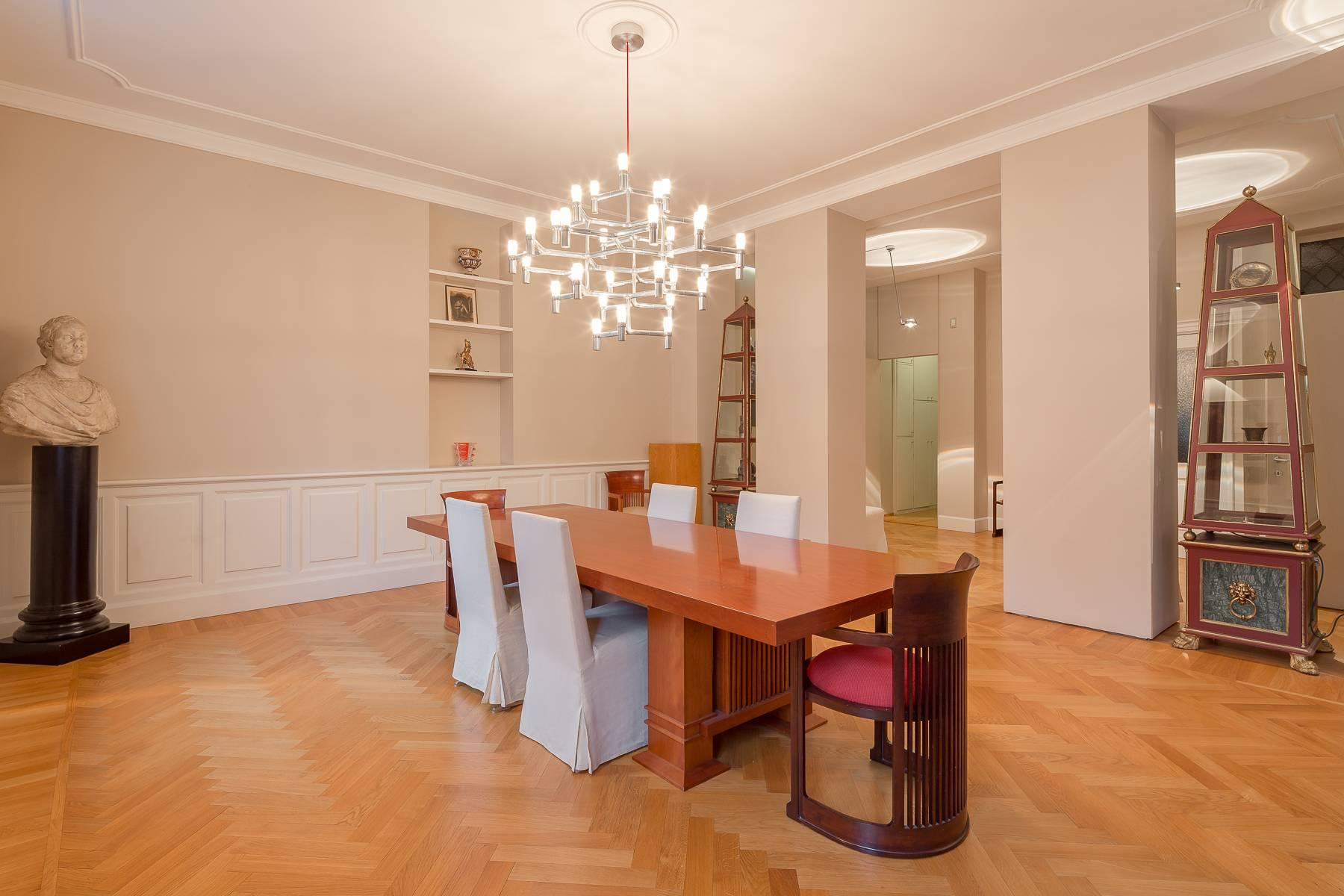 Inviting and fully renovated apartment in Via Ruffini - 12