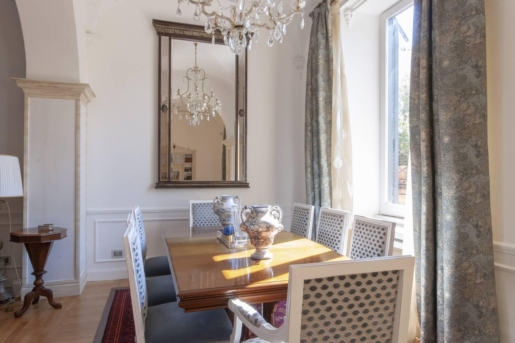 Wunderschöne Wohnung mit Blick auf Trinità dei Monti - 12