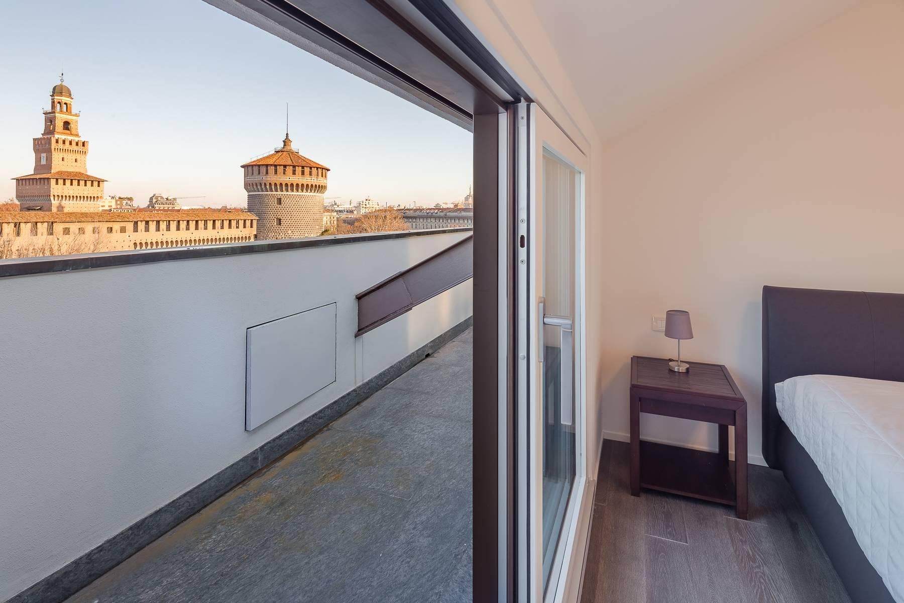 Inviting furnished penthouse with terraces in the Castello area - 30