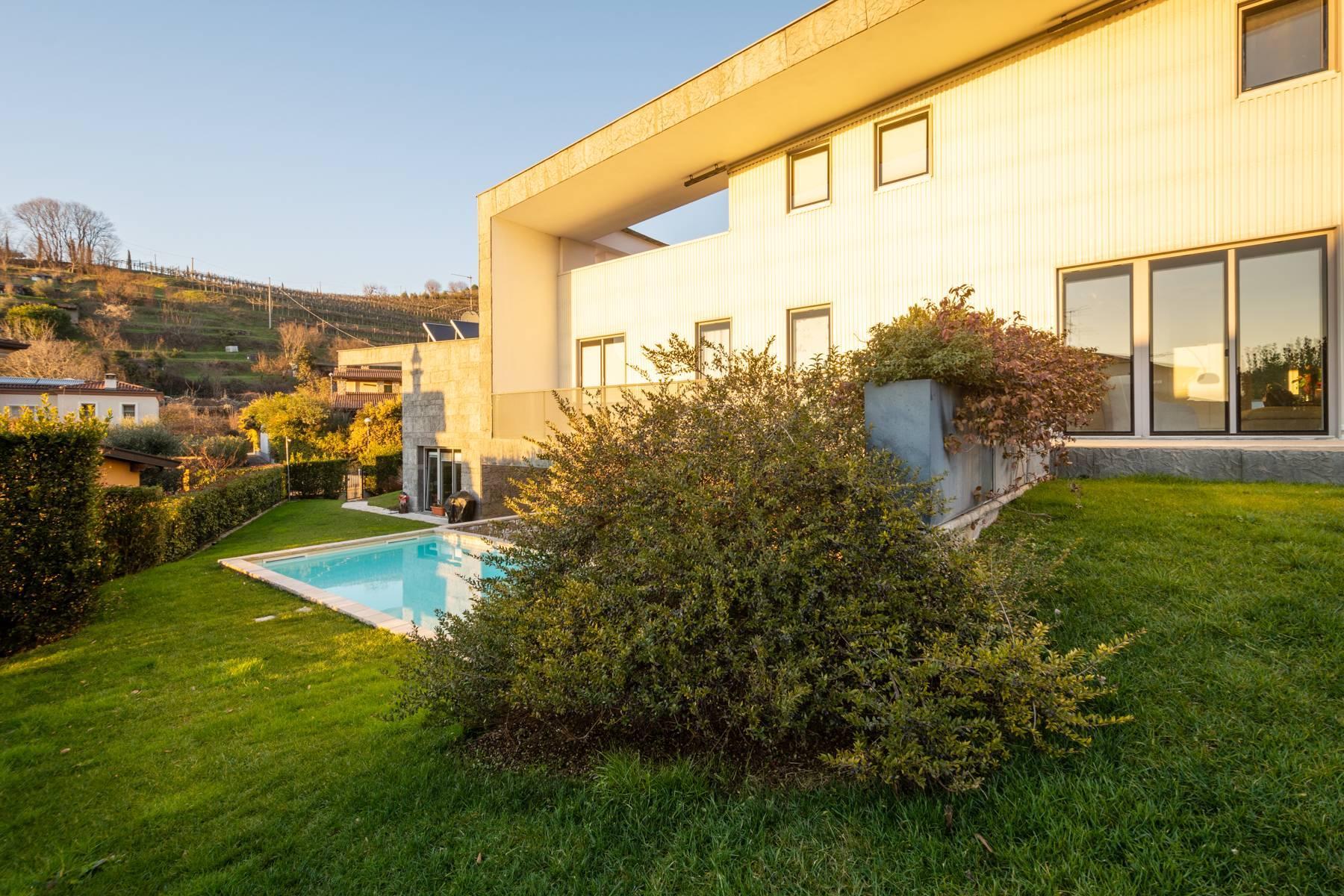 International Style villa in the heart of Franciacorta - 34