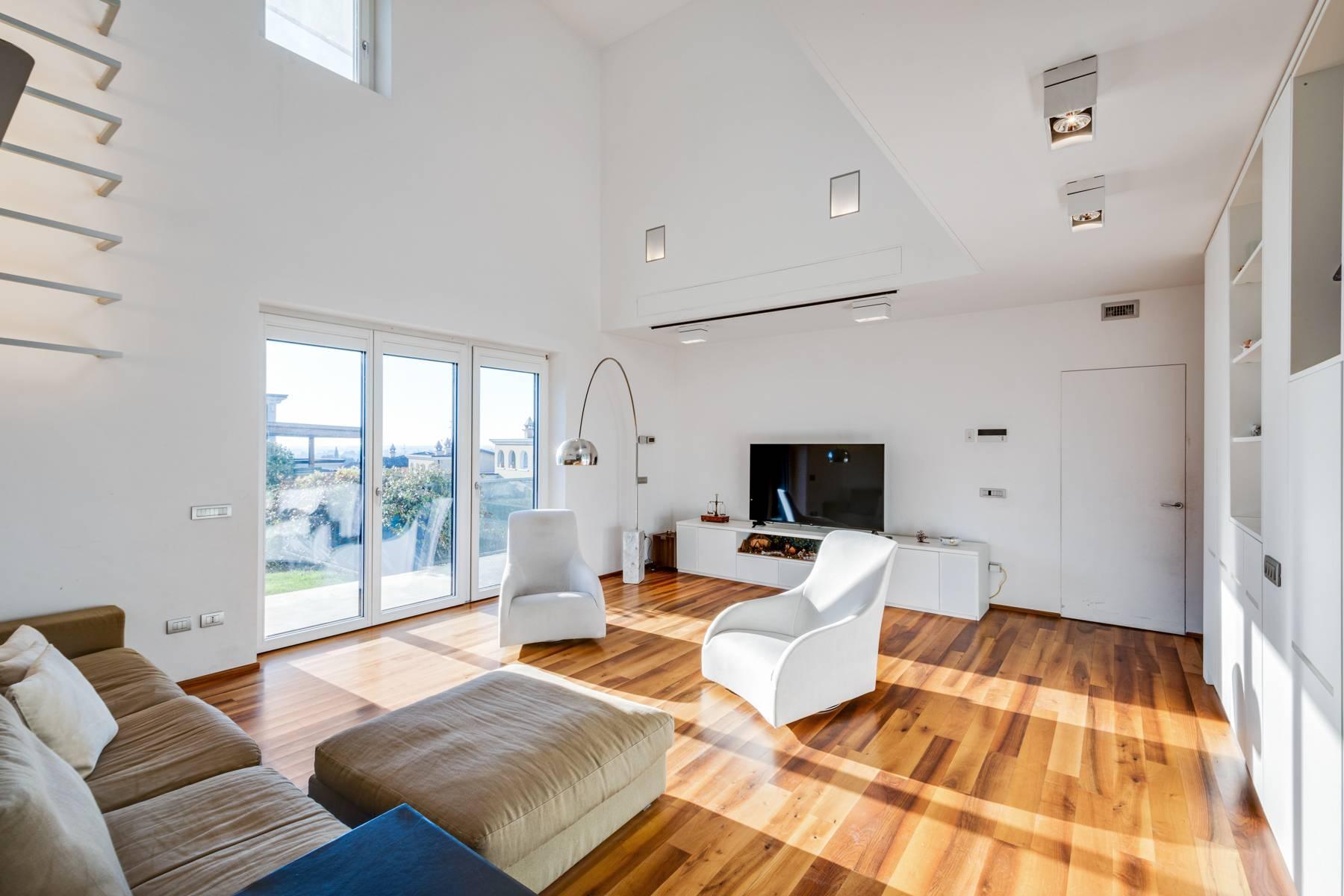 Splendida villa International Style nel cuore della Franciacorta - 3