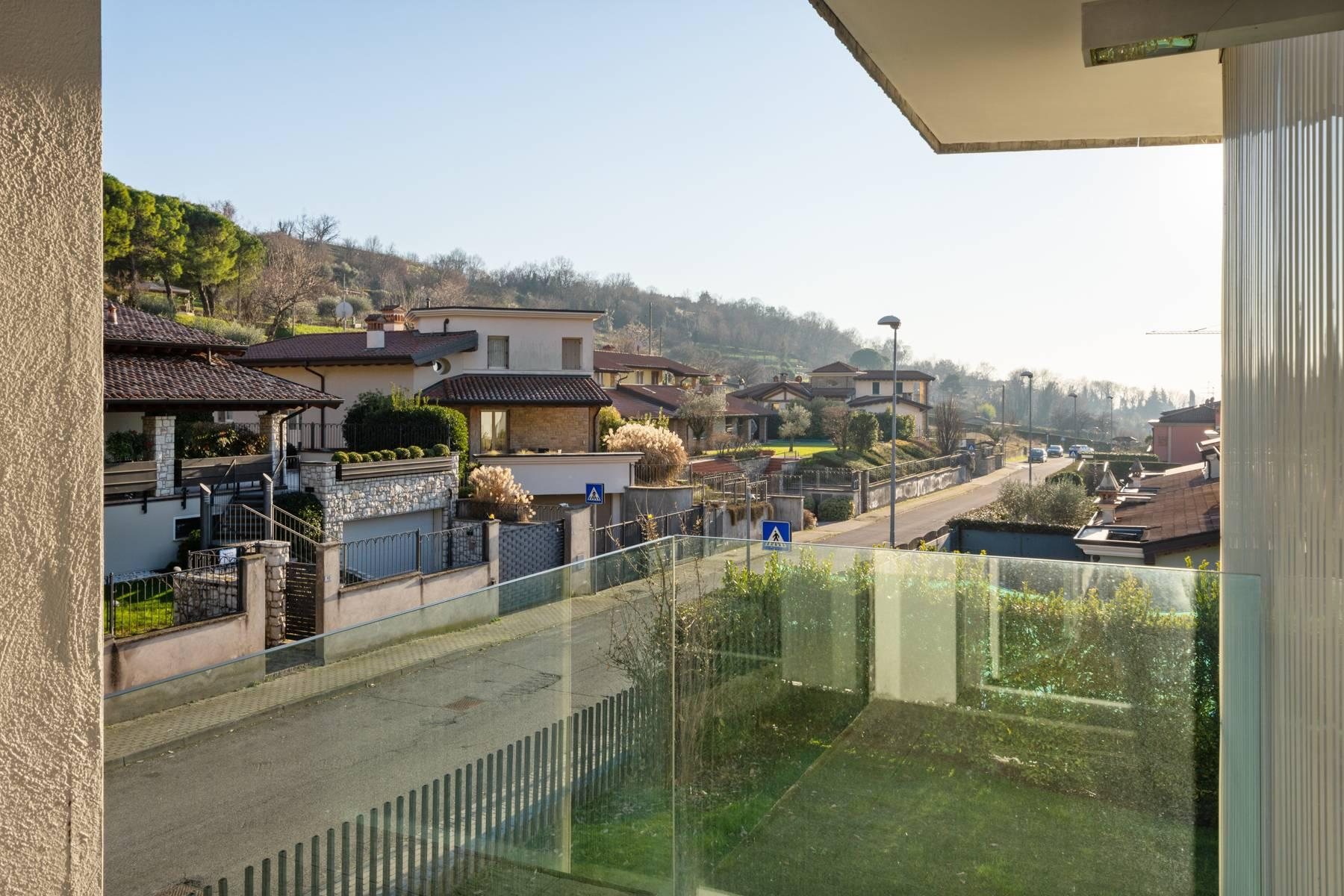 International Style villa in the heart of Franciacorta - 29