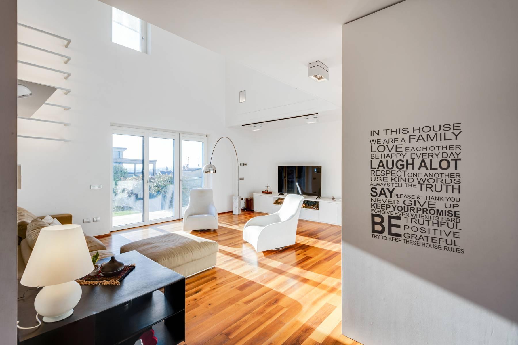 Contemporary villa in the Franciacorta area - 7