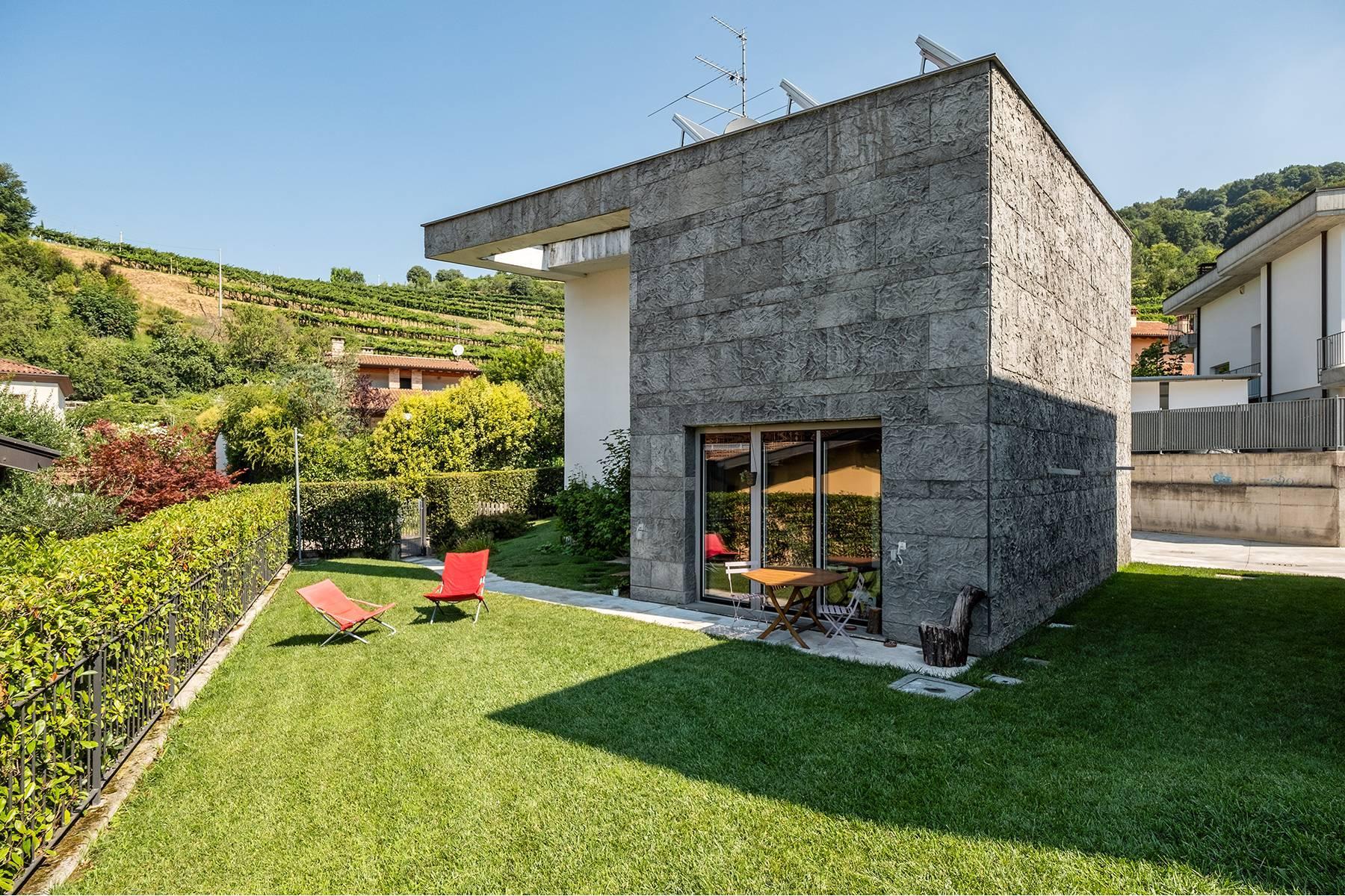 Contemporary villa in the Franciacorta area - 19