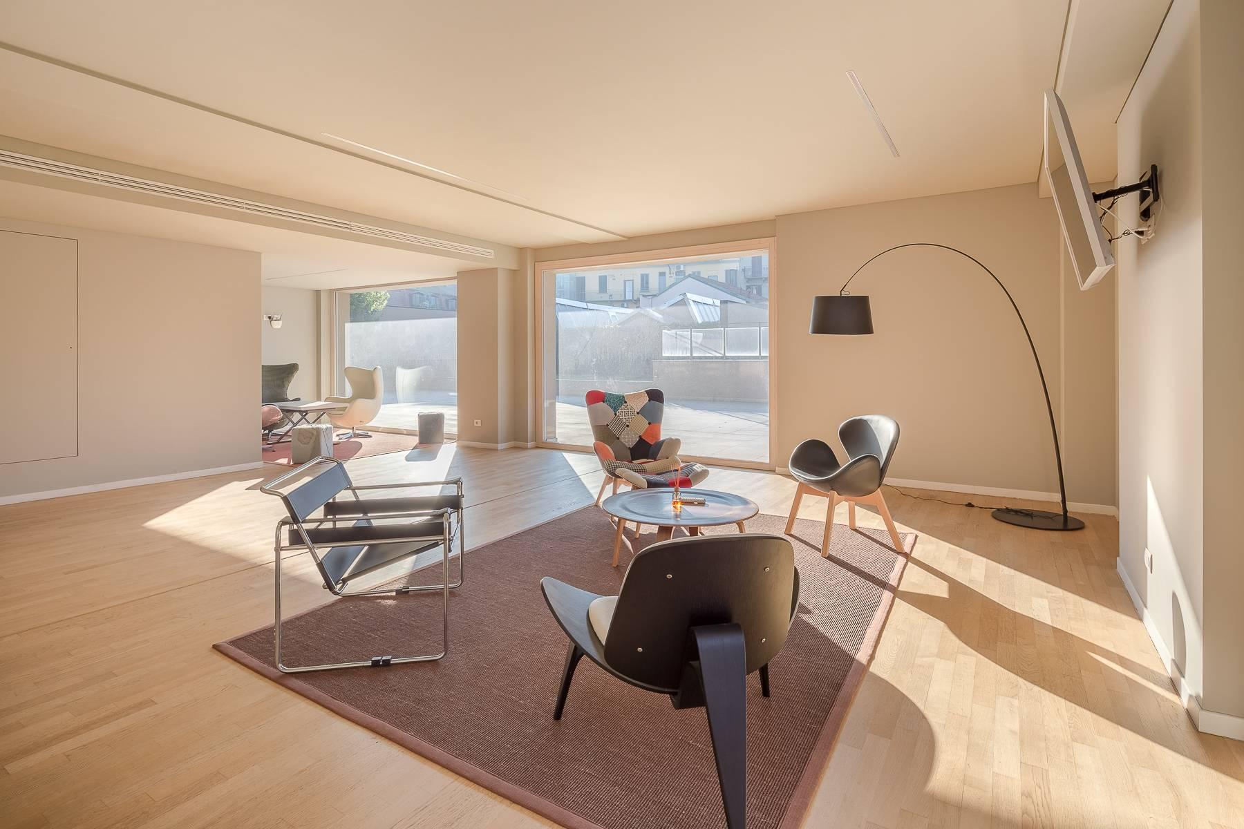 New two-room apartment with terrace in Giax Tower - 15