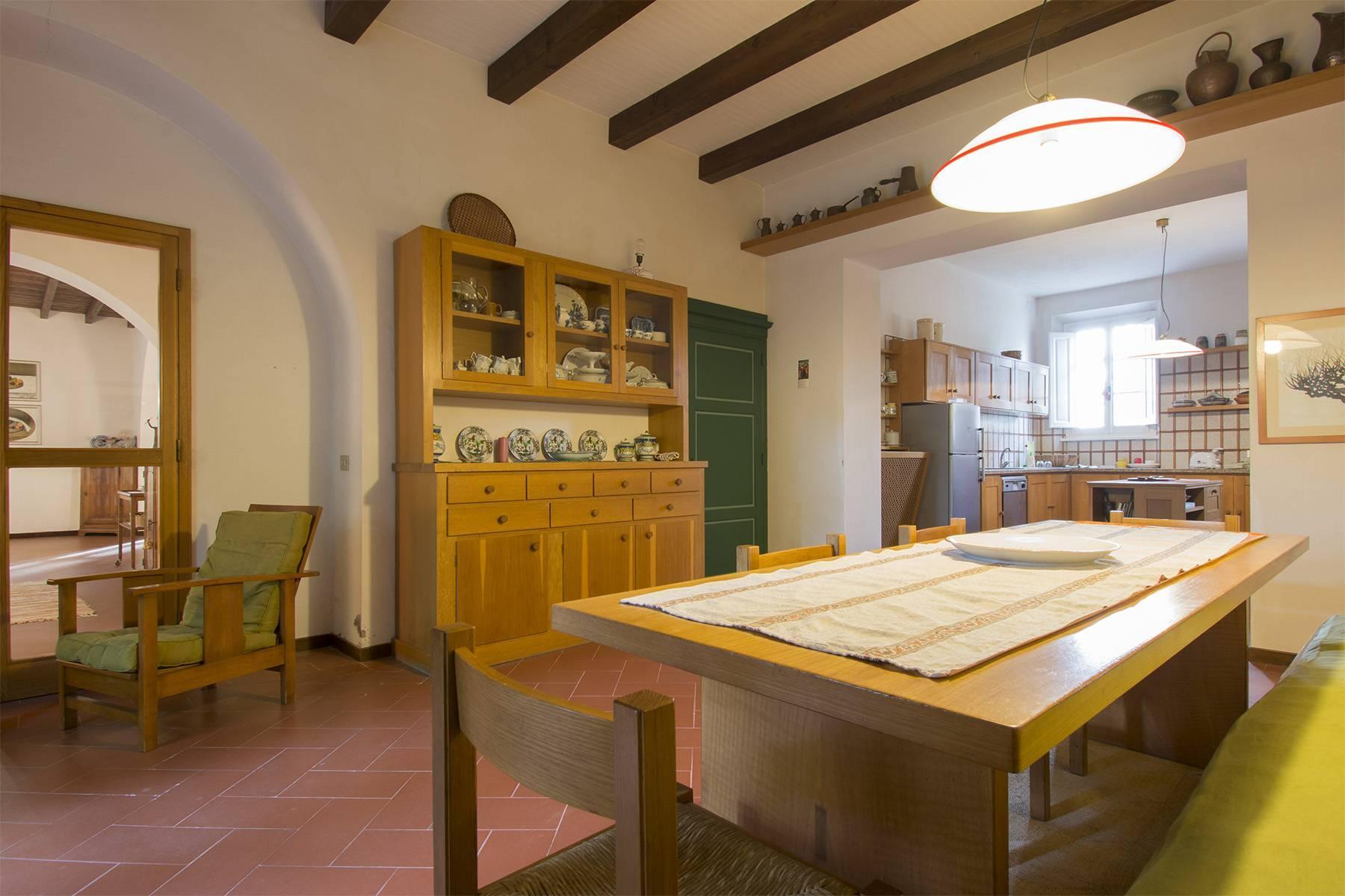 Weingut mit historischer Villa in San Miniato, Pisa - 11