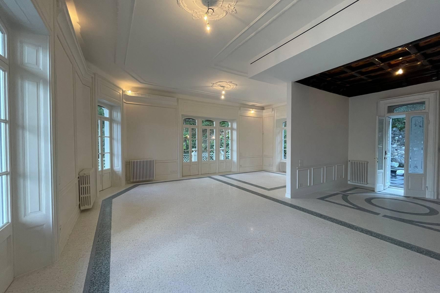 Maestosa Villa in stile Liberty - 7