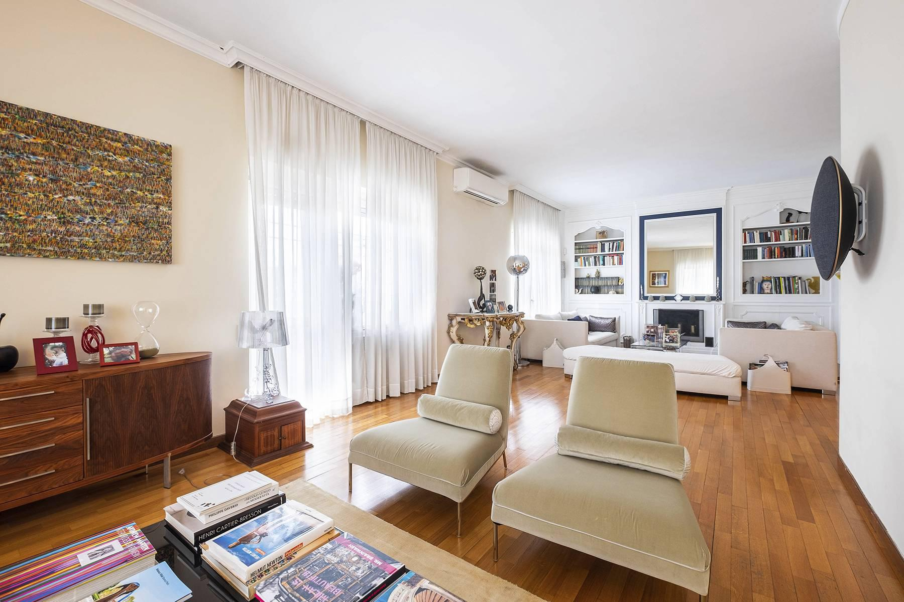 Modern penthouse with stunning 70 sqm terrace a stone's throw from Villa Borghese - 5