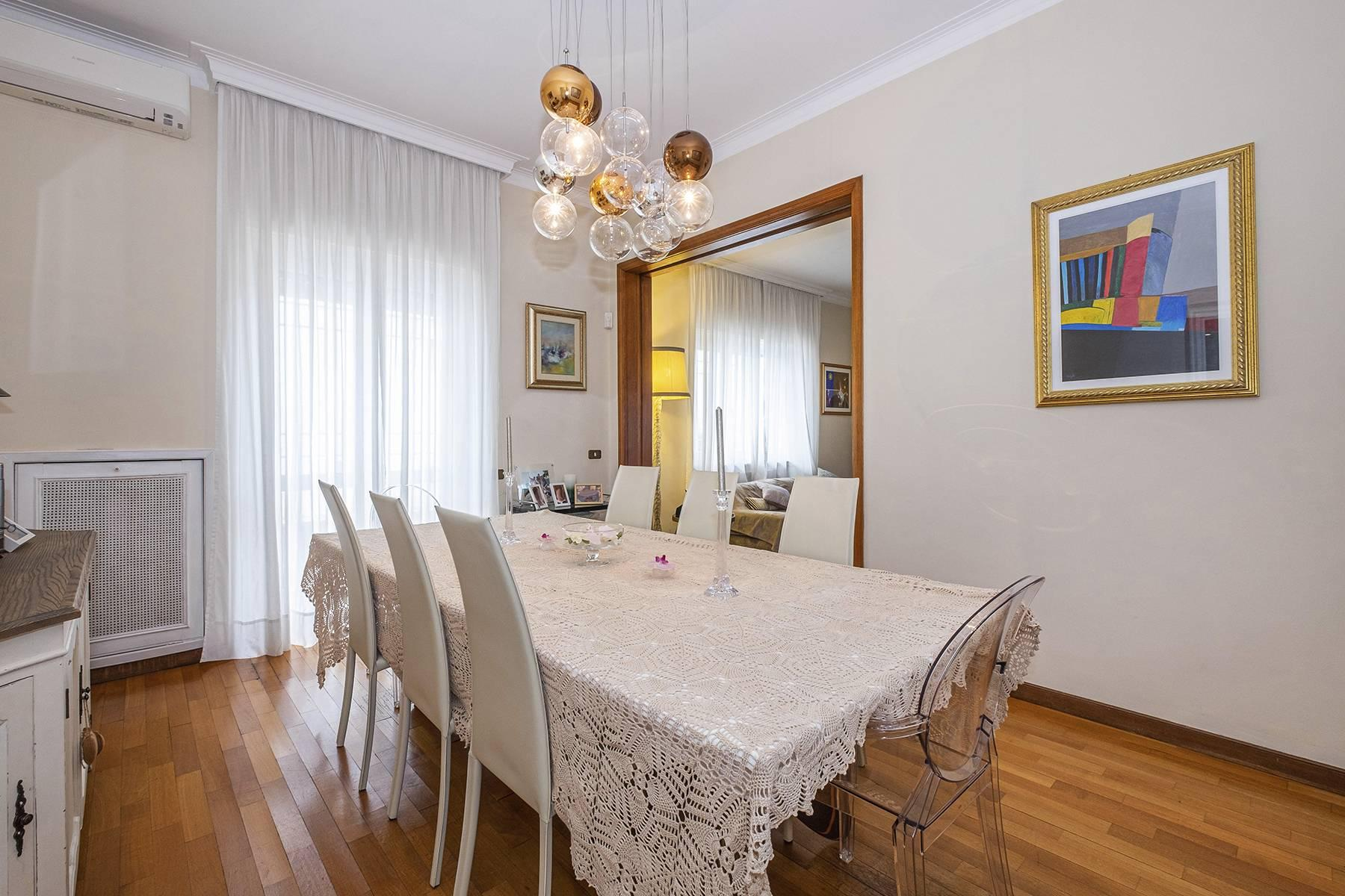 Modern penthouse with stunning 70 sqm terrace a stone's throw from Villa Borghese - 9