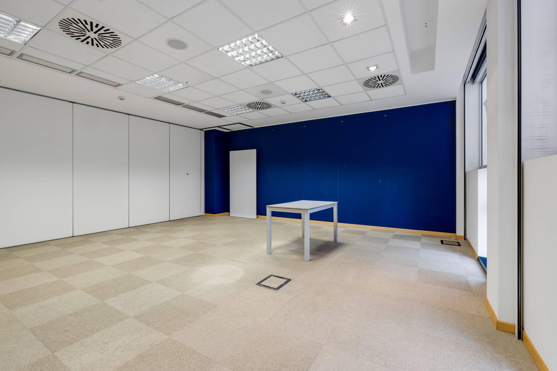 Prestigioso ufficio in posizione strategica - 15