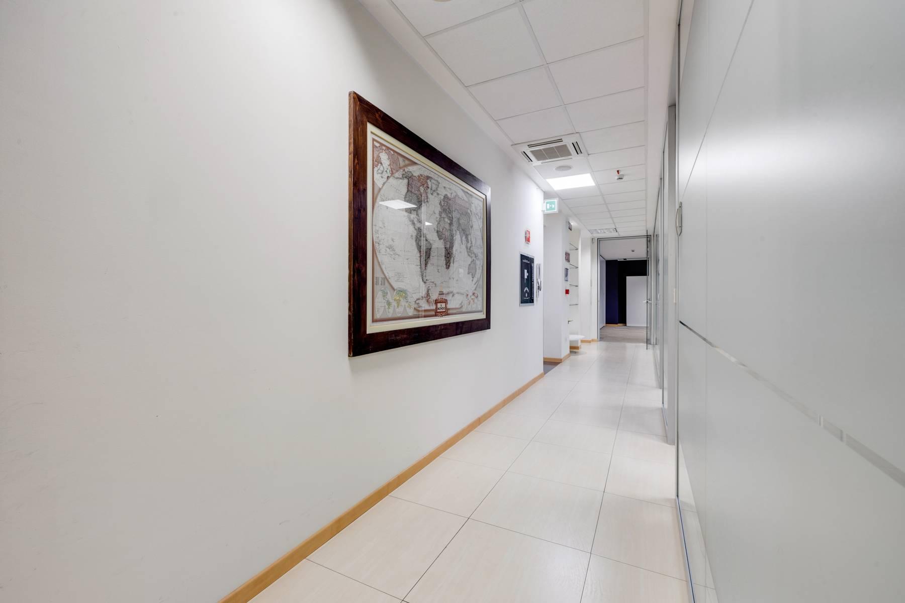 Prestigioso ufficio in posizione strategica - 9