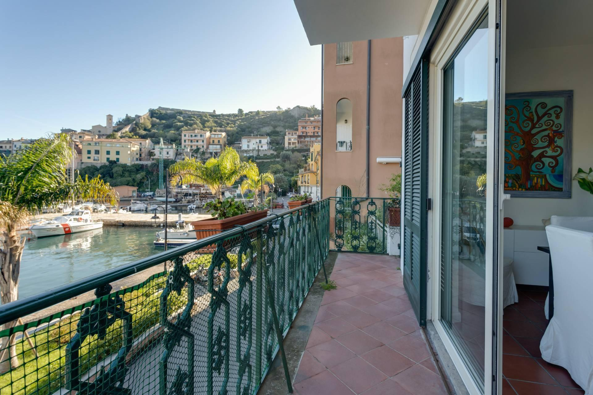 Porto Ercole - Stunning seafront family home with amazing views in historic building - 10