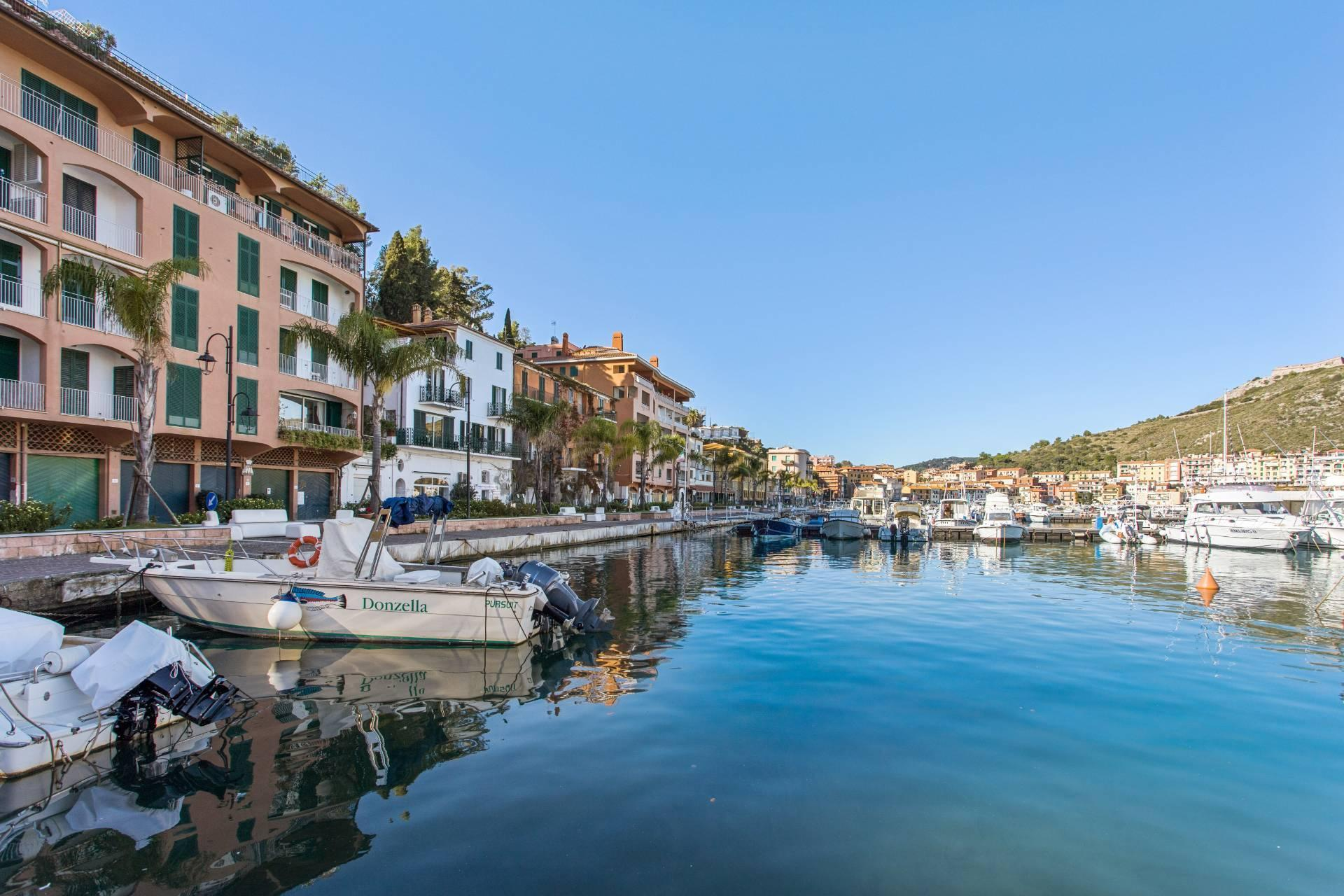 Porto Ercole - Stunning seafront family home with amazing views in historic building - 32