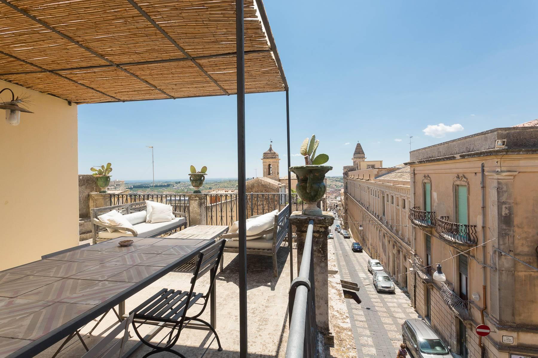 Charming penthouse in Noto - 4