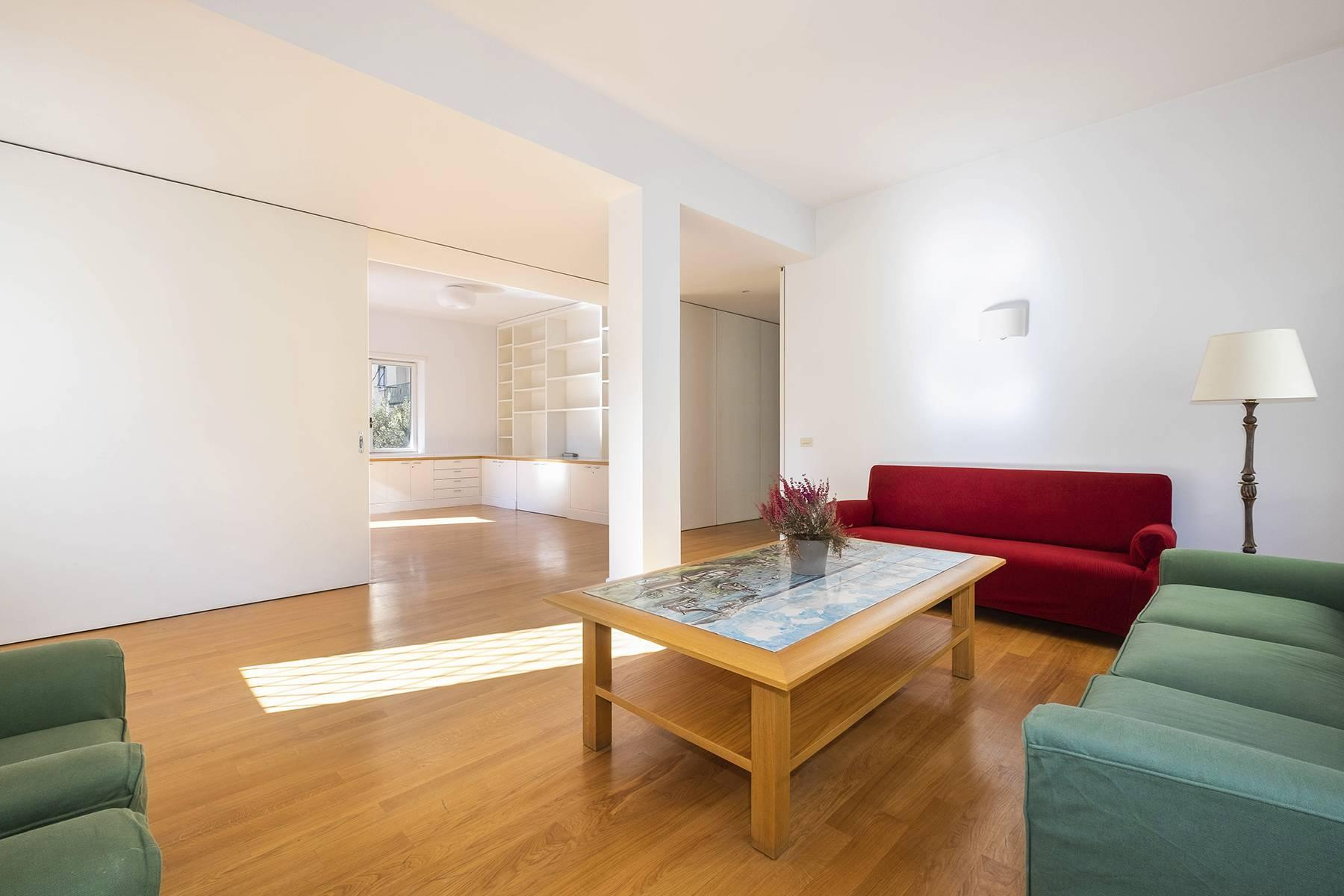 Bright  and quiet apartment in the heart of the Parioli district - 8