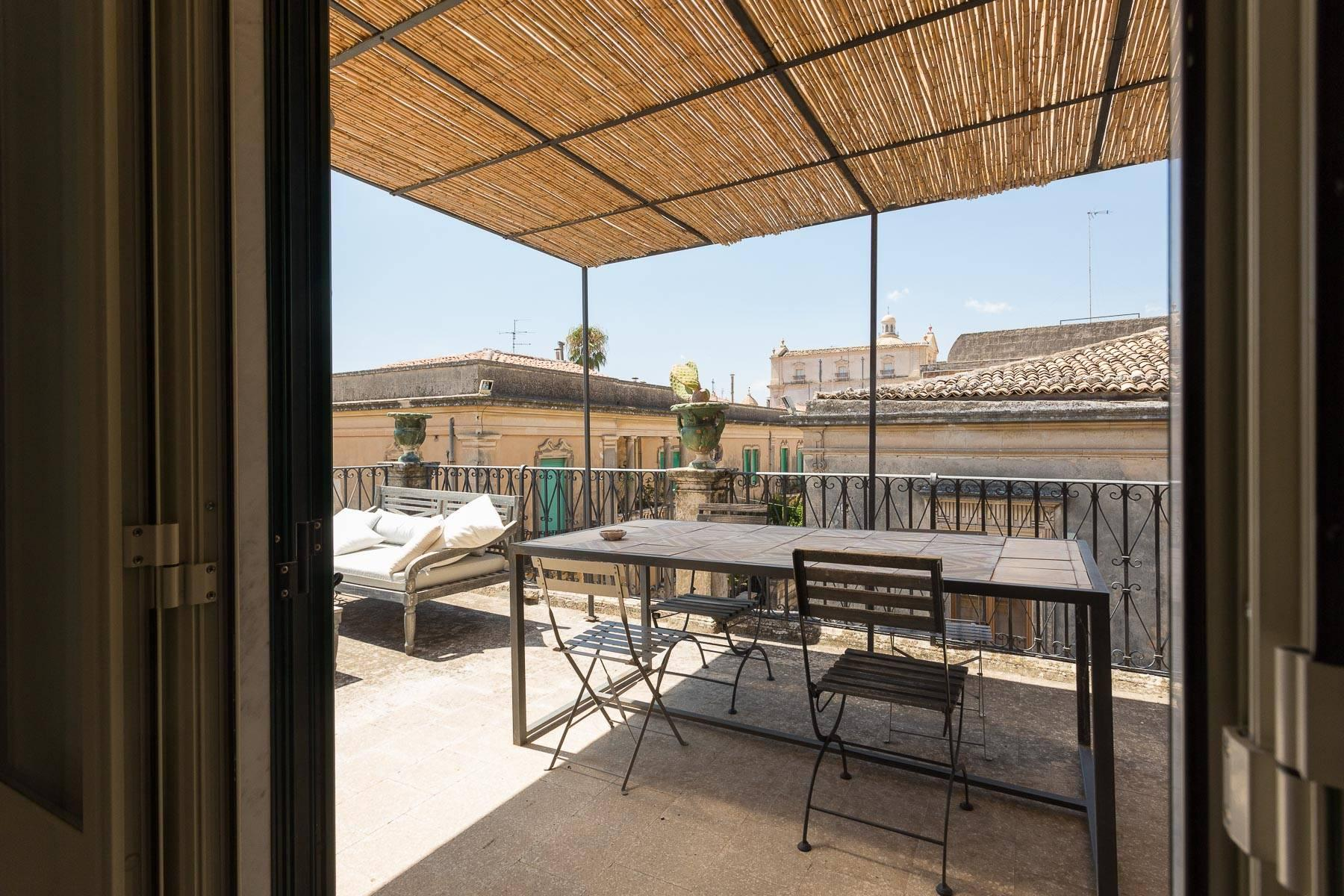 Charming penthouse in Noto - 29