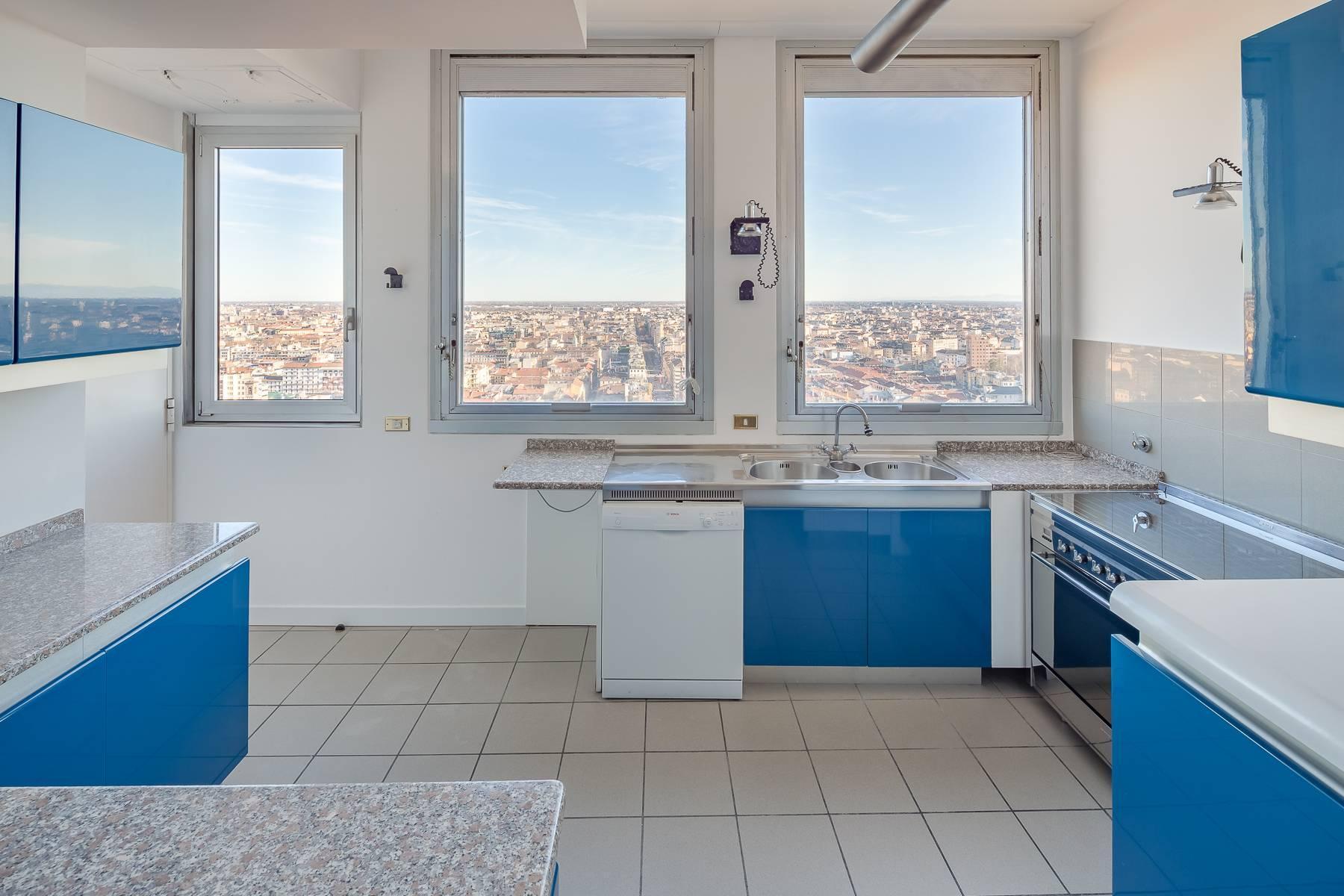 Spektakuläre Wohnung im Wolkenkratzer auf der Piazza Repubblica - 19
