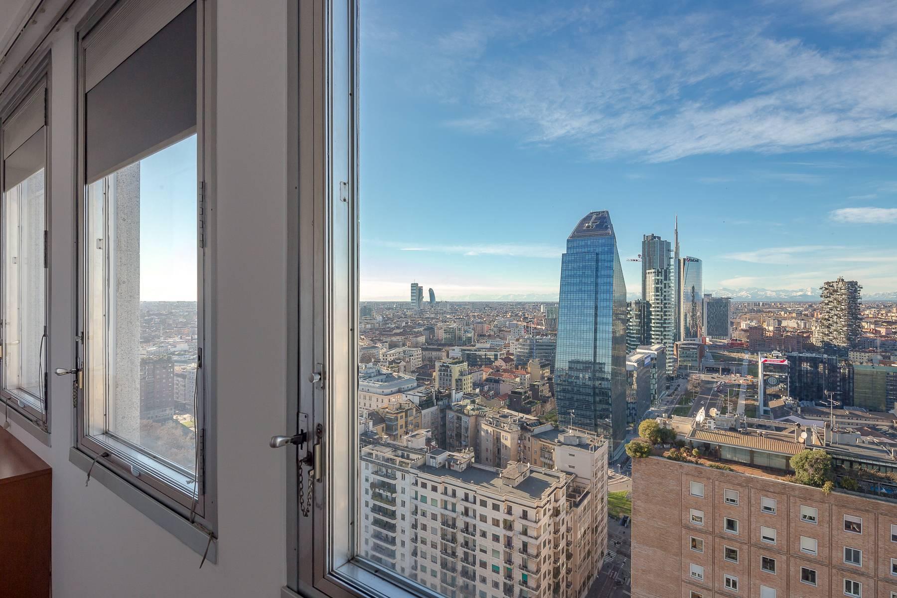 Spektakuläre Wohnung im Wolkenkratzer auf der Piazza Repubblica - 25