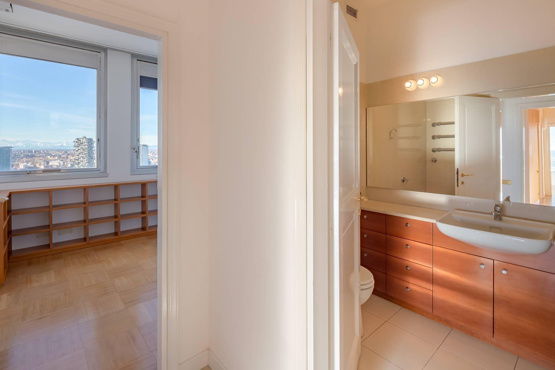 Spektakuläre Wohnung im Wolkenkratzer auf der Piazza Repubblica - 28