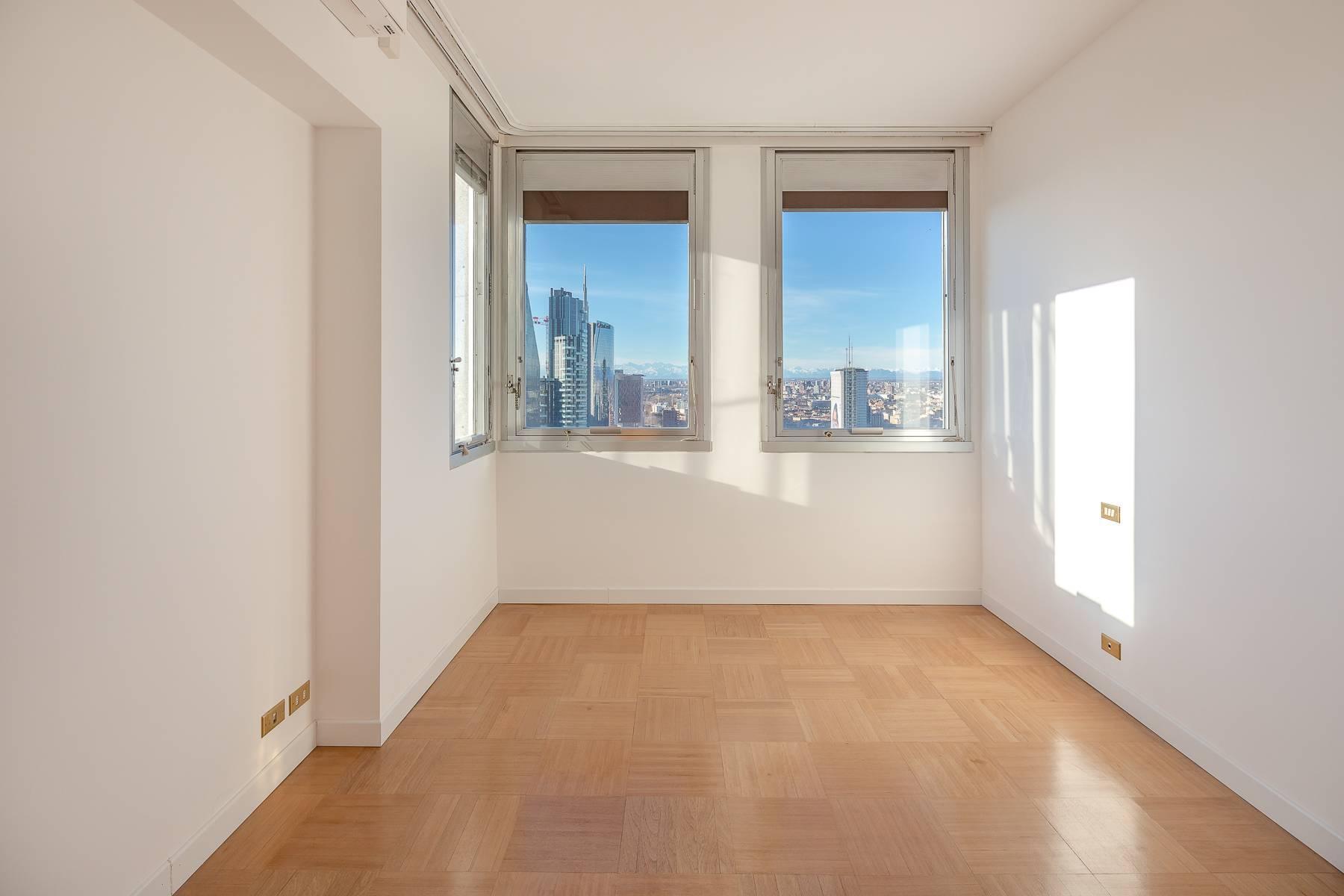 Spektakuläre Wohnung im Wolkenkratzer auf der Piazza Repubblica - 20